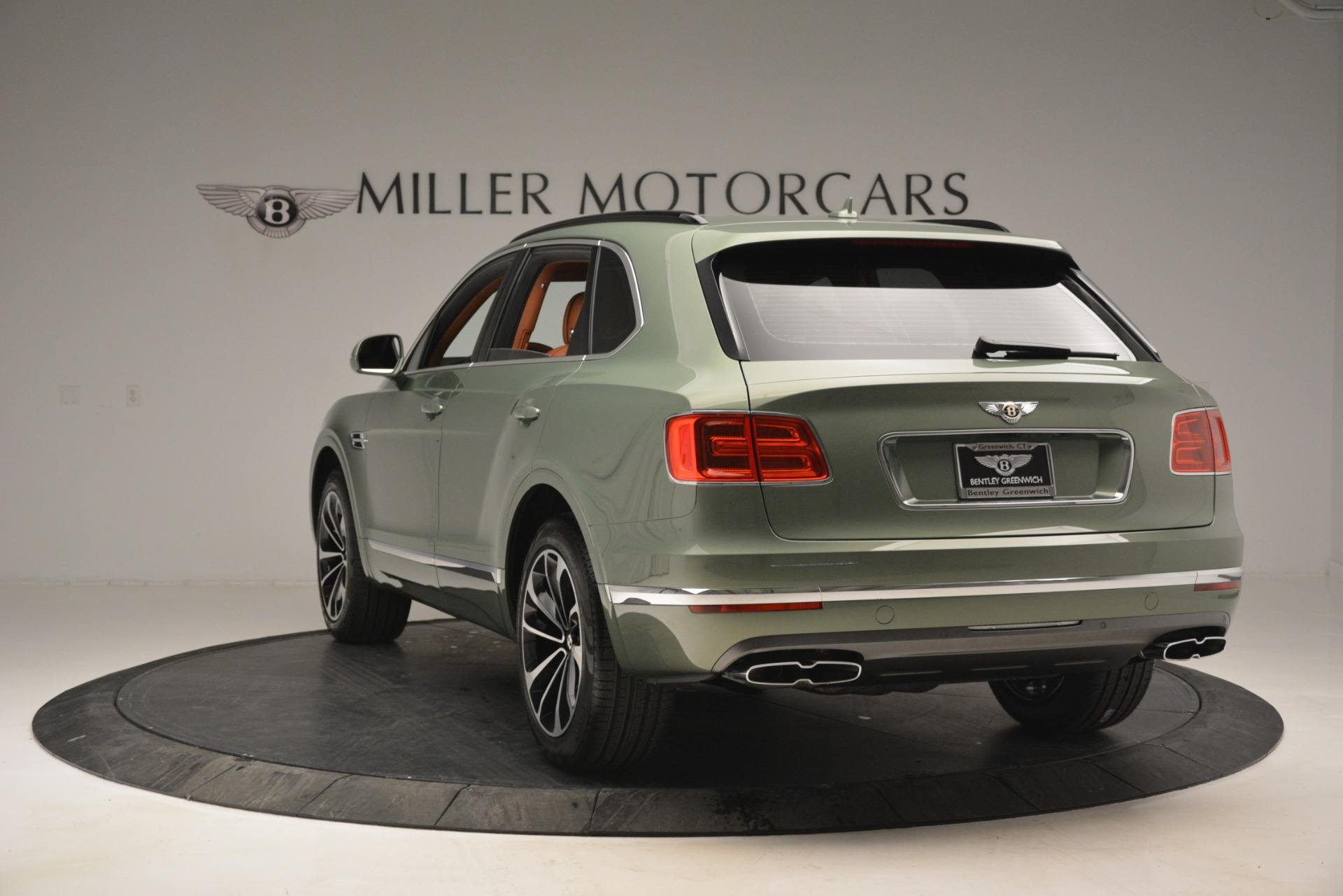 New 2019 Bentley Bentayga V8 For Sale In Greenwich, CT 2644_p5