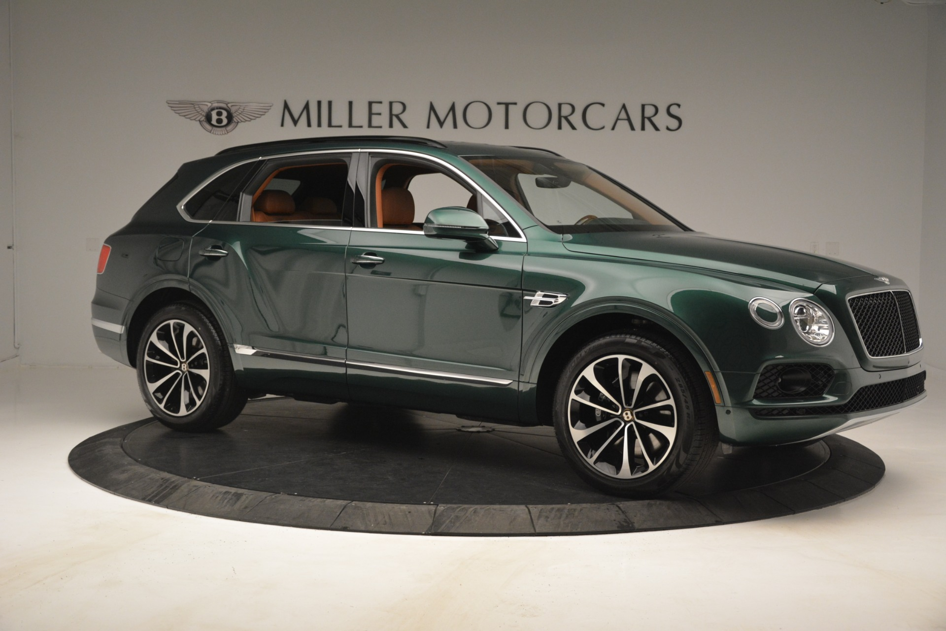 New 2019 Bentley Bentayga V8 For Sale In Greenwich, CT 2645_p10