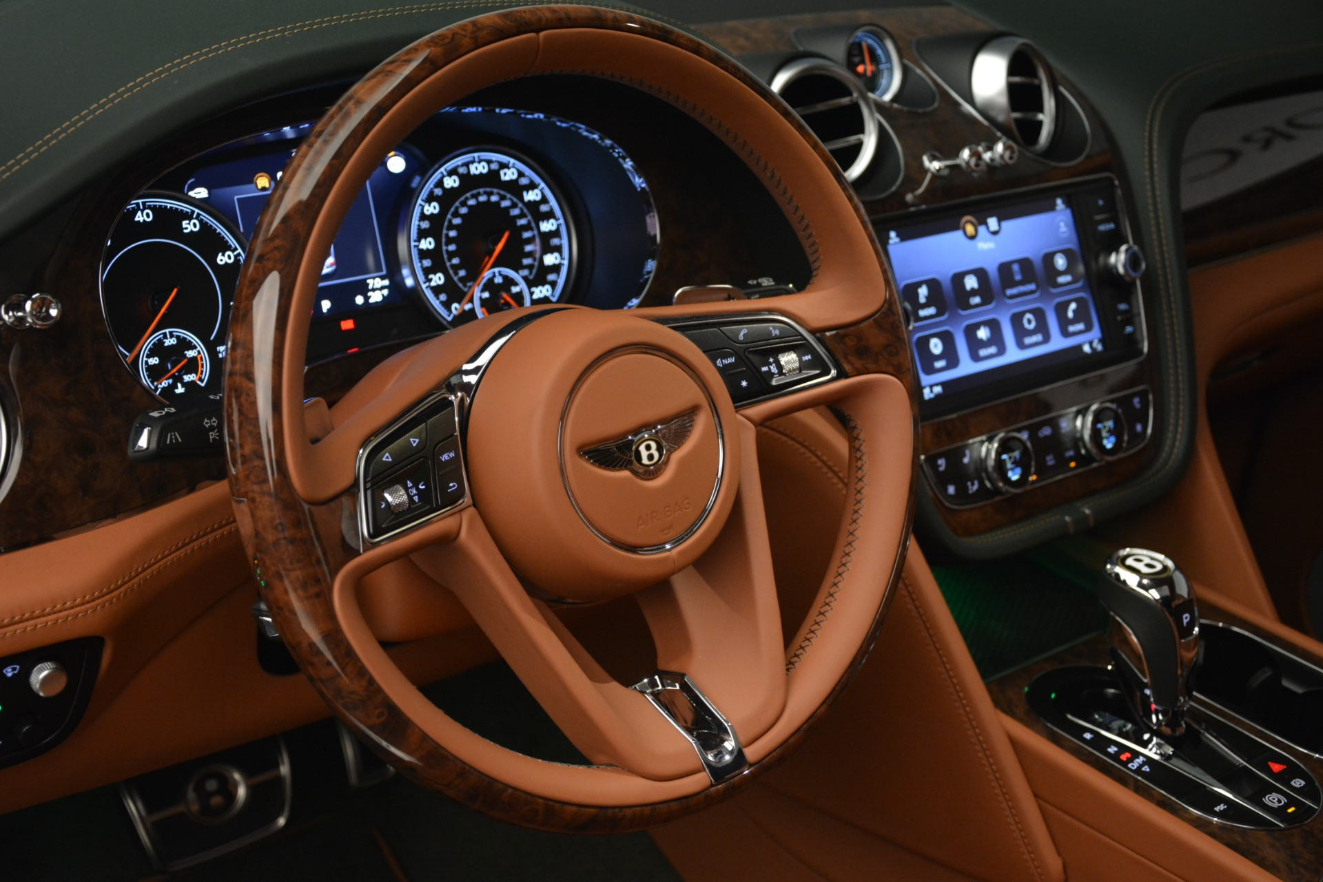 New 2019 Bentley Bentayga V8 For Sale In Greenwich, CT 2645_p21