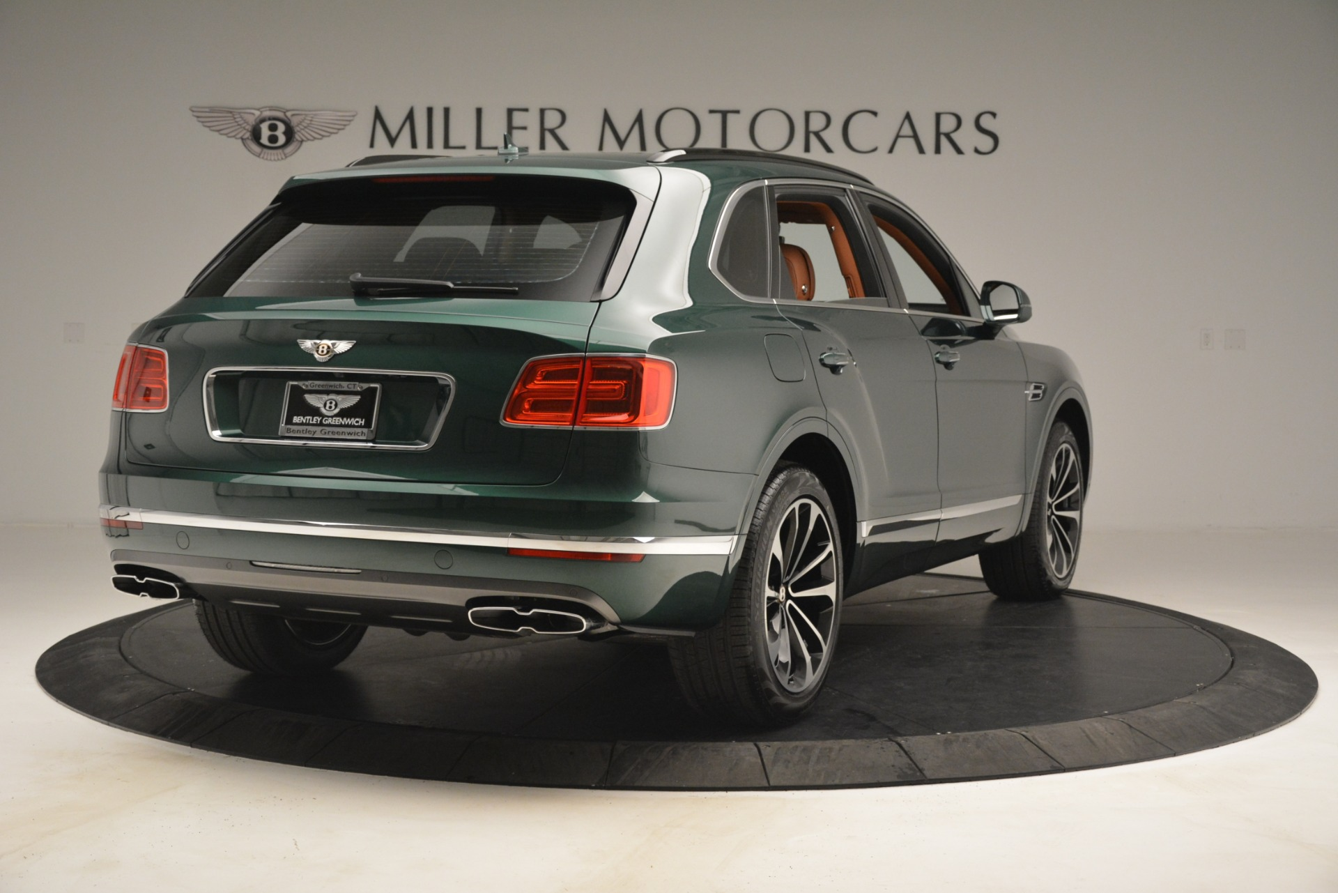 New 2019 Bentley Bentayga V8 For Sale In Greenwich, CT 2645_p7