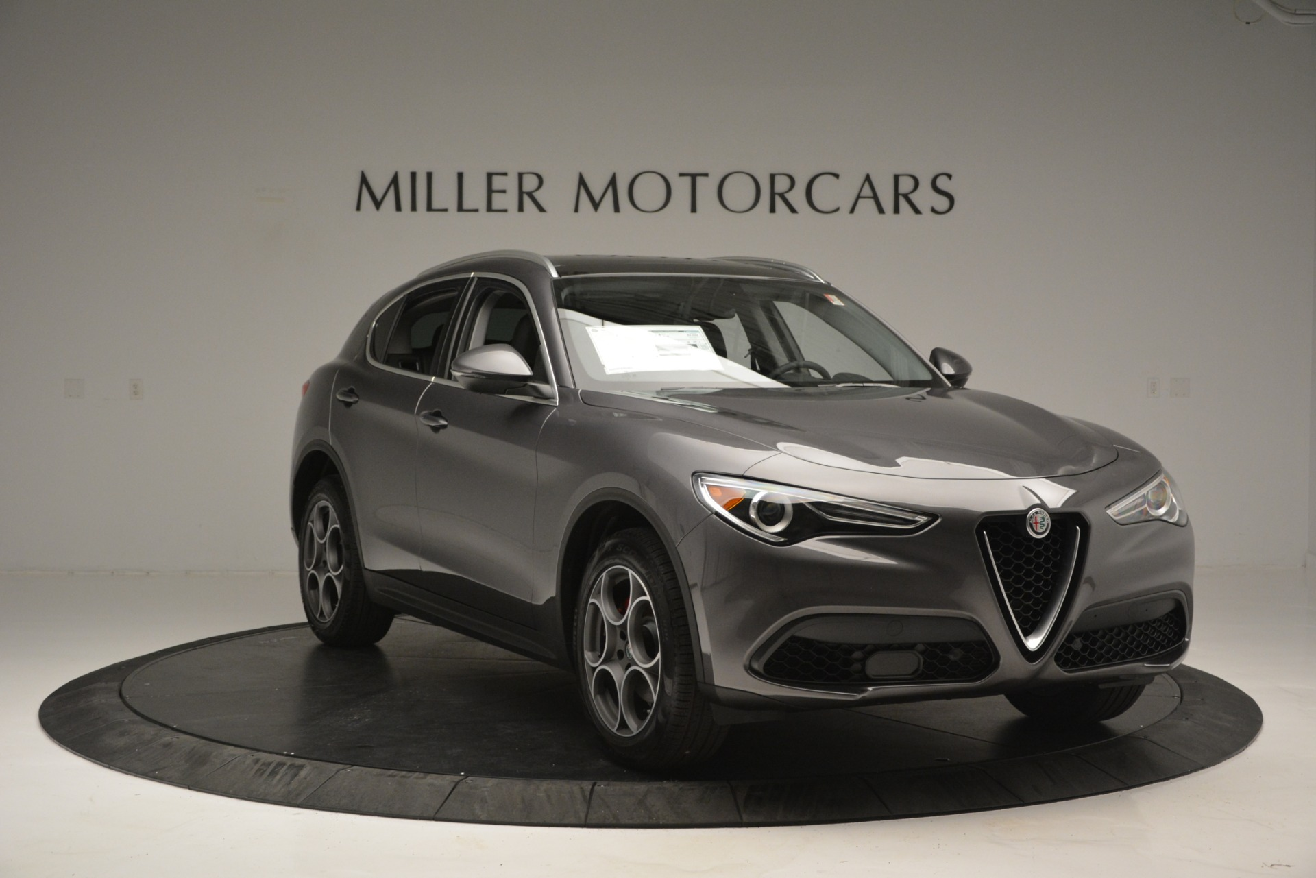 New 2019 Alfa Romeo Stelvio Q4 For Sale In Greenwich, CT 2653_p15