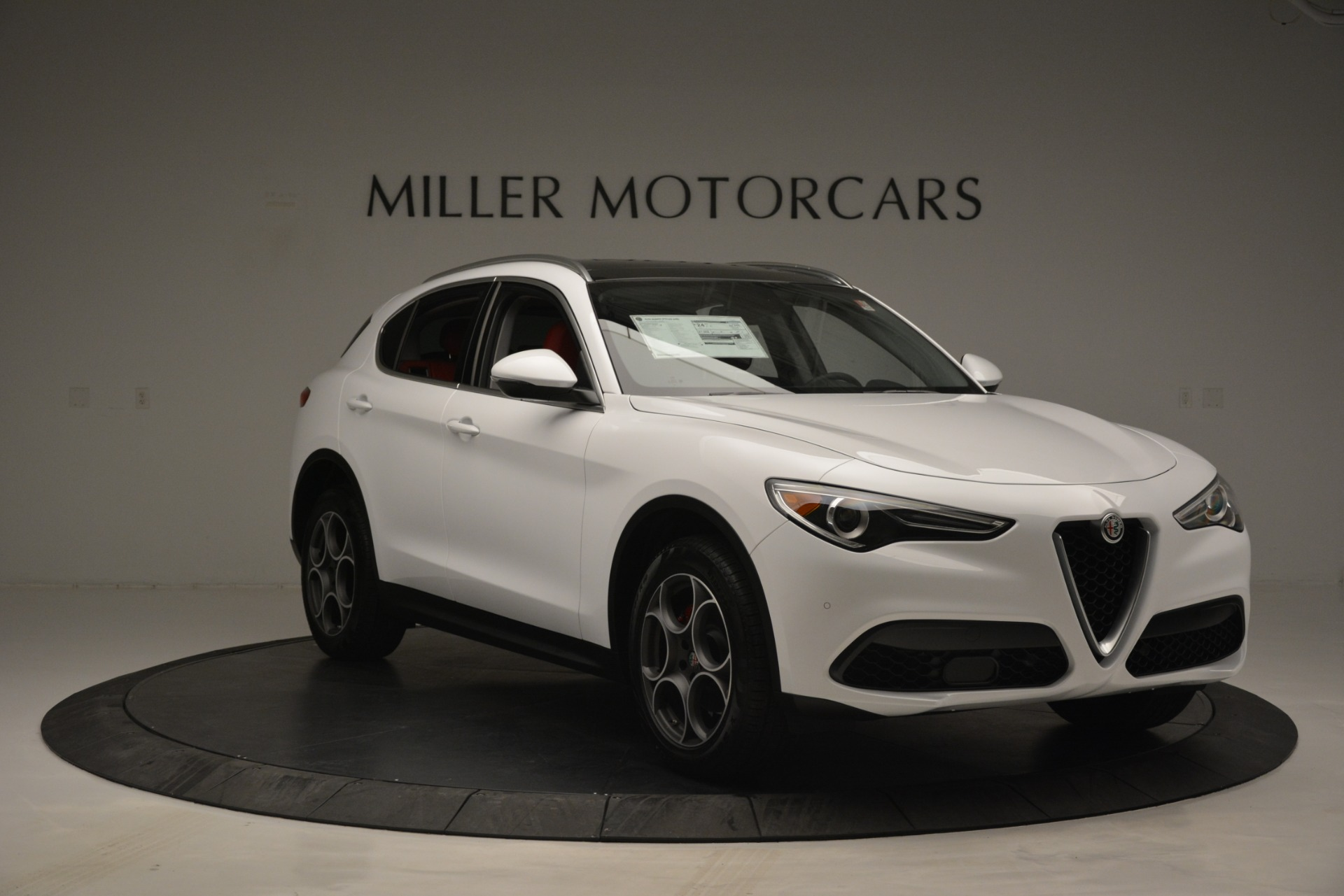New 2019 Alfa Romeo Stelvio Q4 For Sale In Greenwich, CT 2657_p11