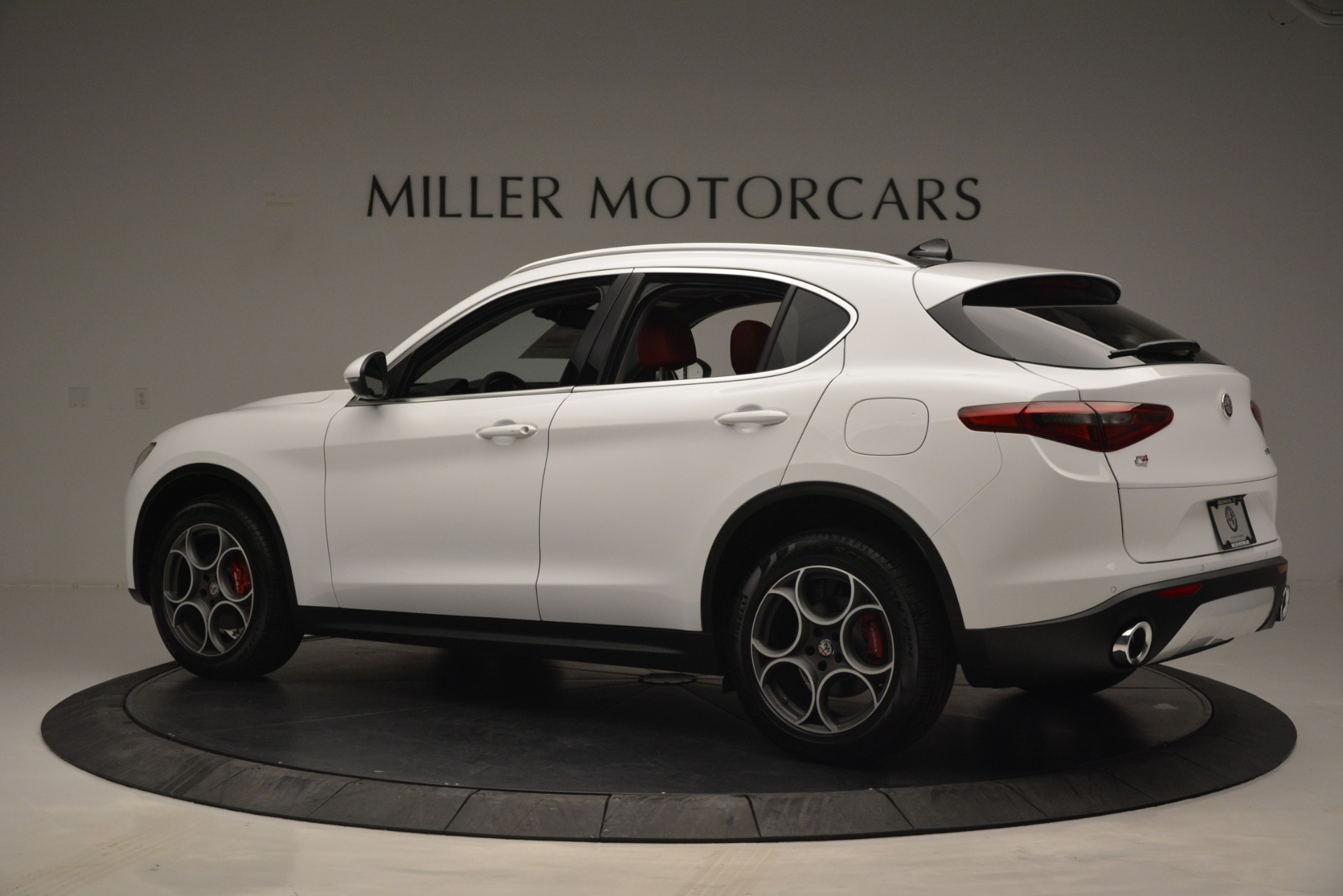 New 2019 Alfa Romeo Stelvio Q4 For Sale In Greenwich, CT 2657_p4