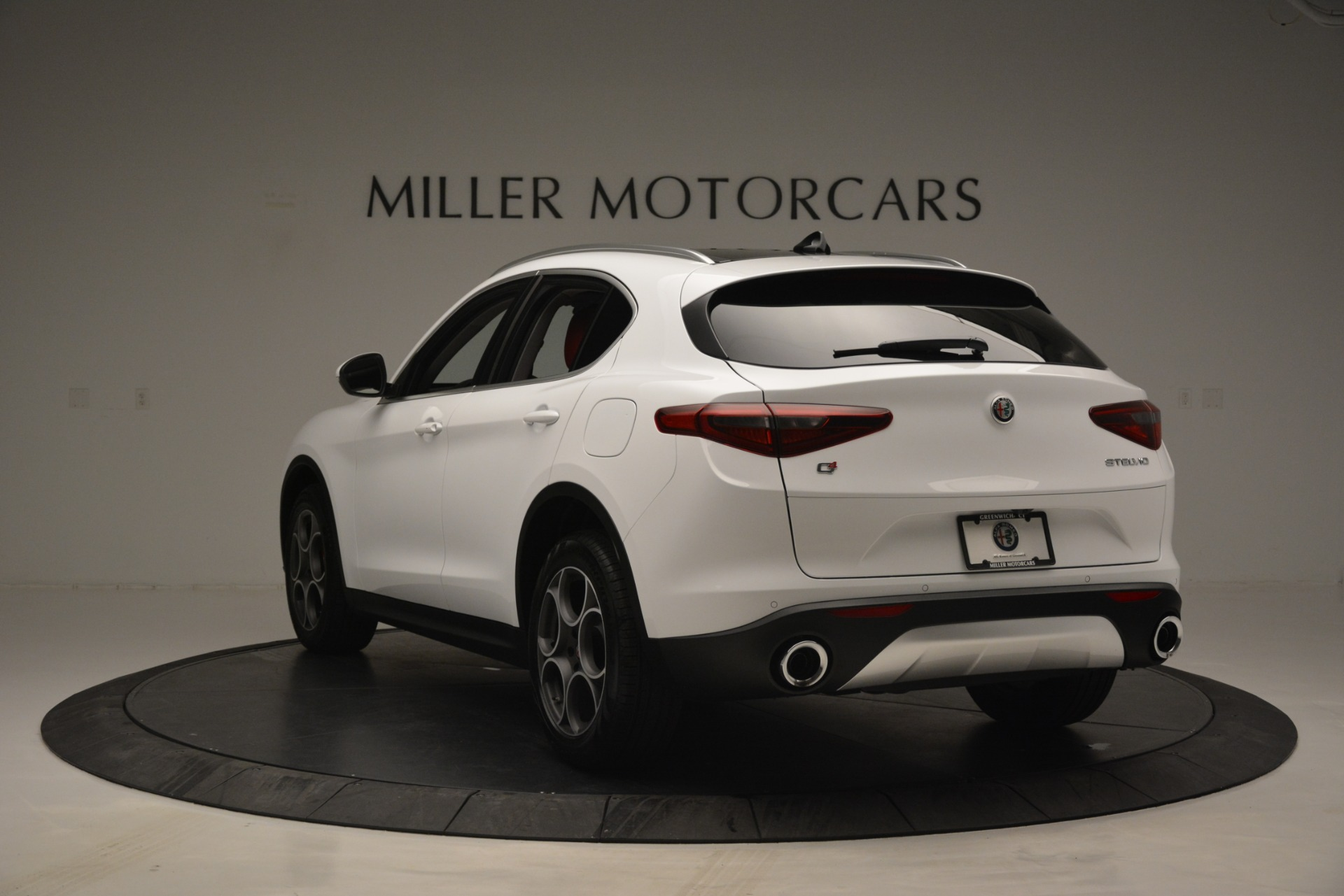 New 2019 Alfa Romeo Stelvio Q4 For Sale In Greenwich, CT 2657_p5