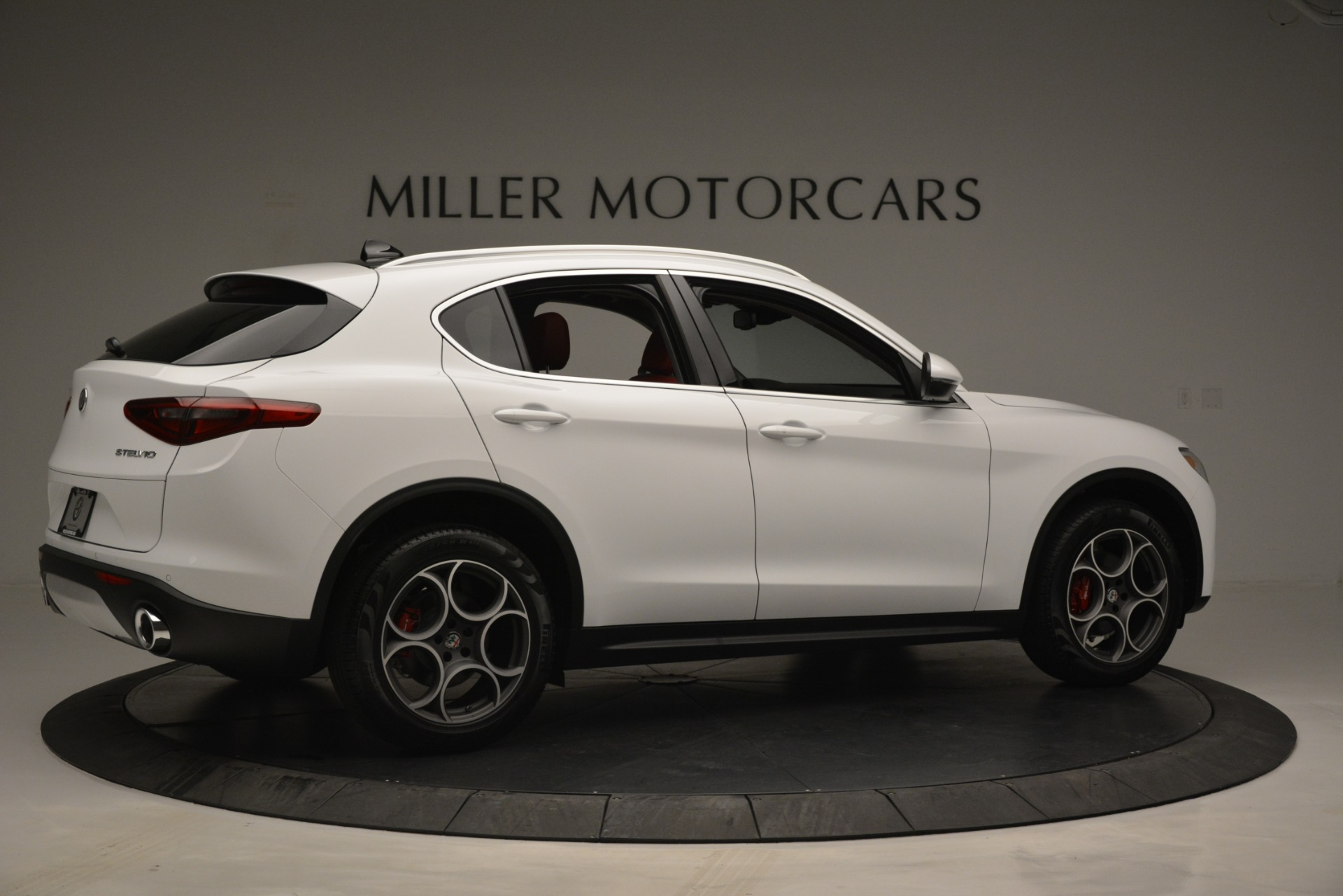 New 2019 Alfa Romeo Stelvio Q4 For Sale In Greenwich, CT 2657_p8