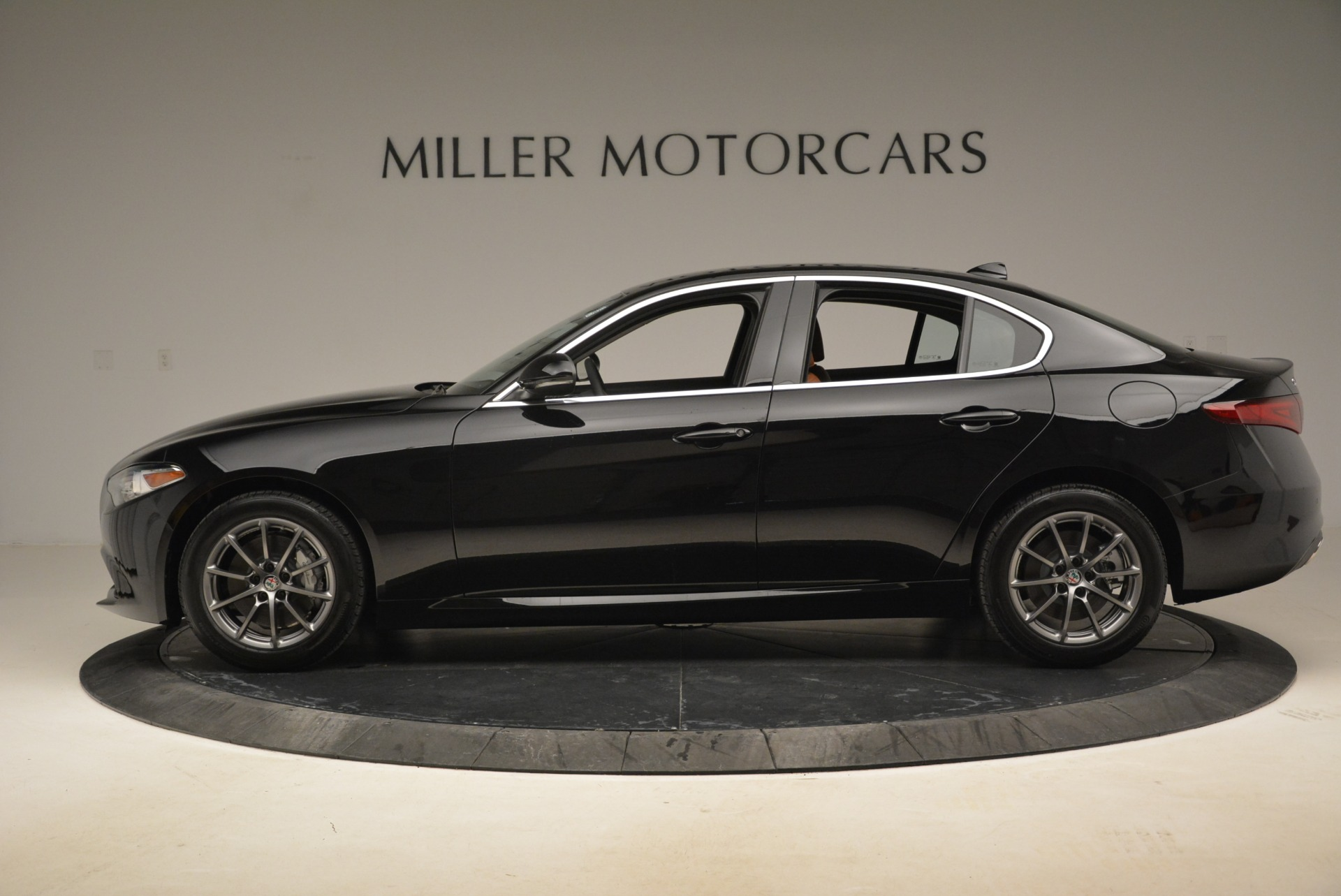 New 2019 Alfa Romeo Giulia Q4 For Sale In Greenwich, CT 2665_p3