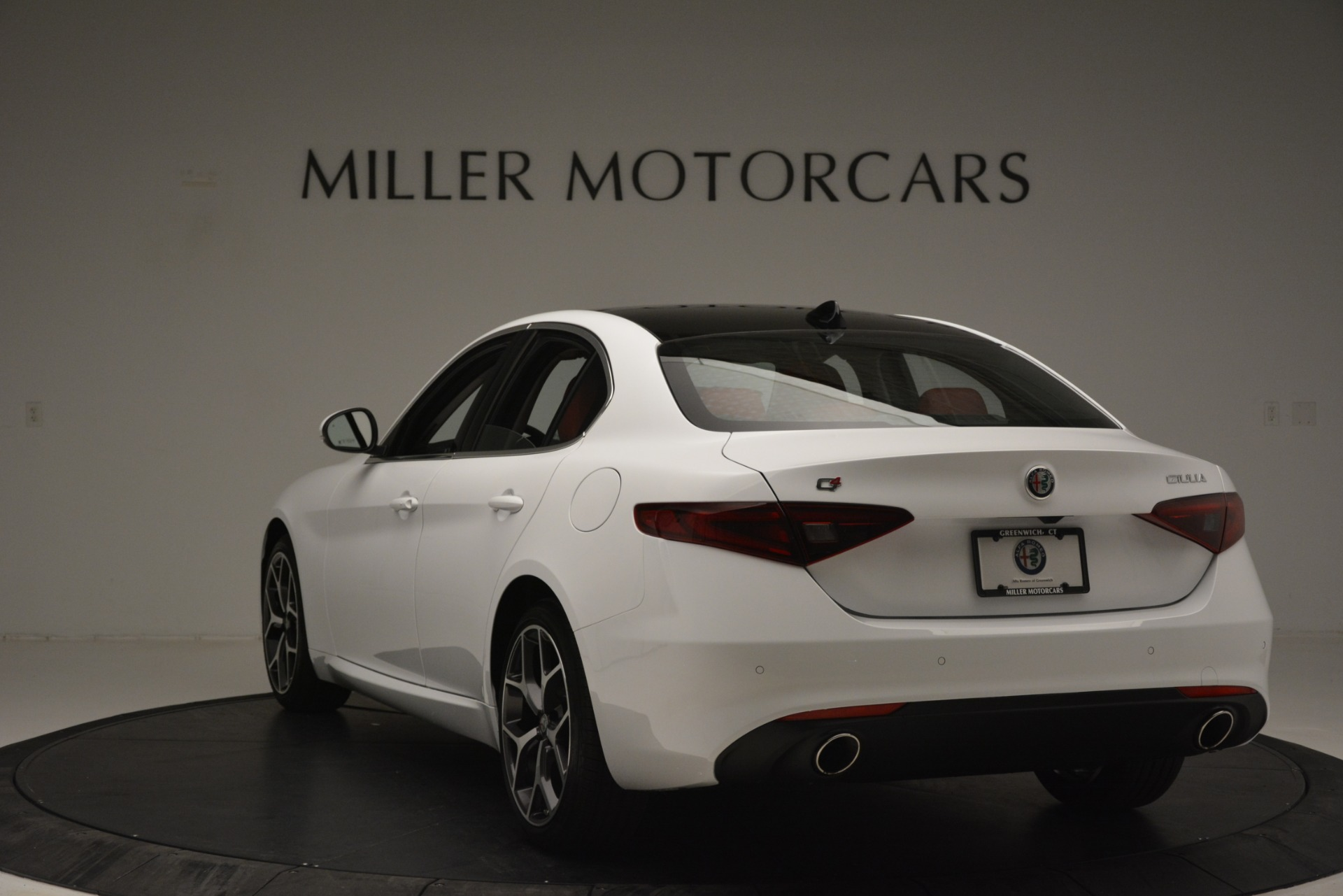New 2019 Alfa Romeo Giulia Ti Q4 For Sale In Greenwich, CT 2667_p5