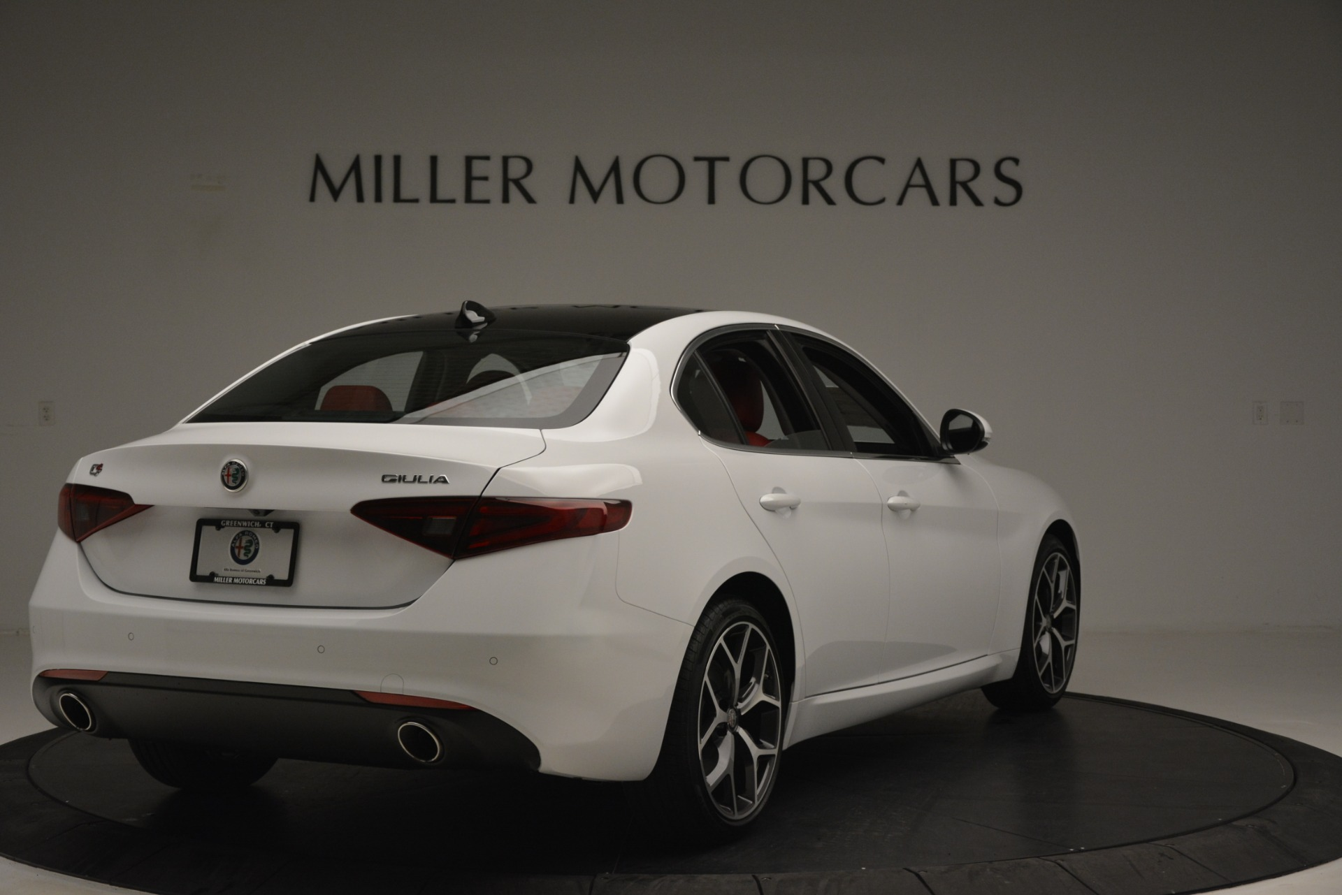 New 2019 Alfa Romeo Giulia Ti Q4 For Sale In Greenwich, CT 2667_p7