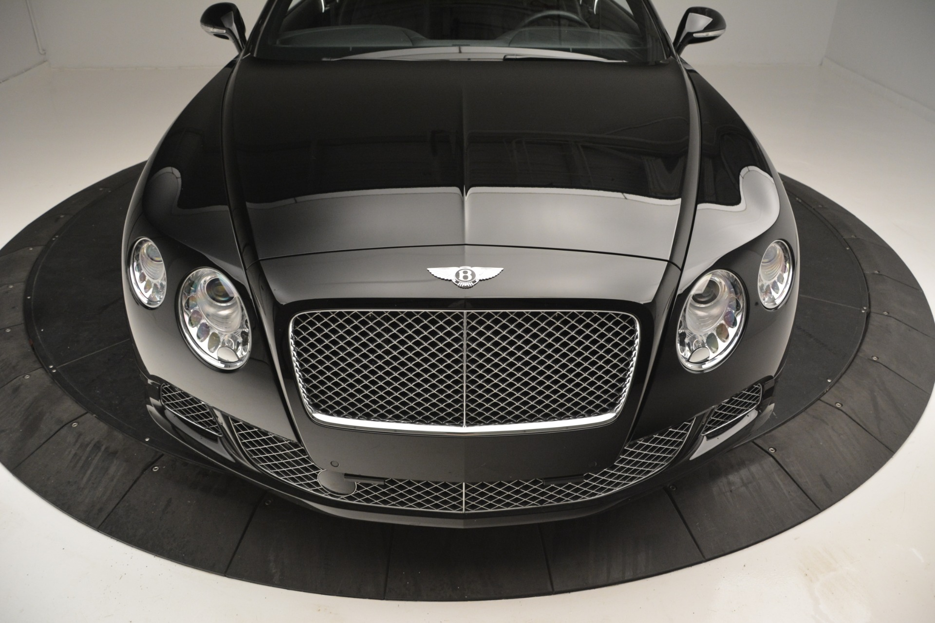Used 2012 Bentley Continental GT W12 For Sale In Greenwich, CT 2671_p14