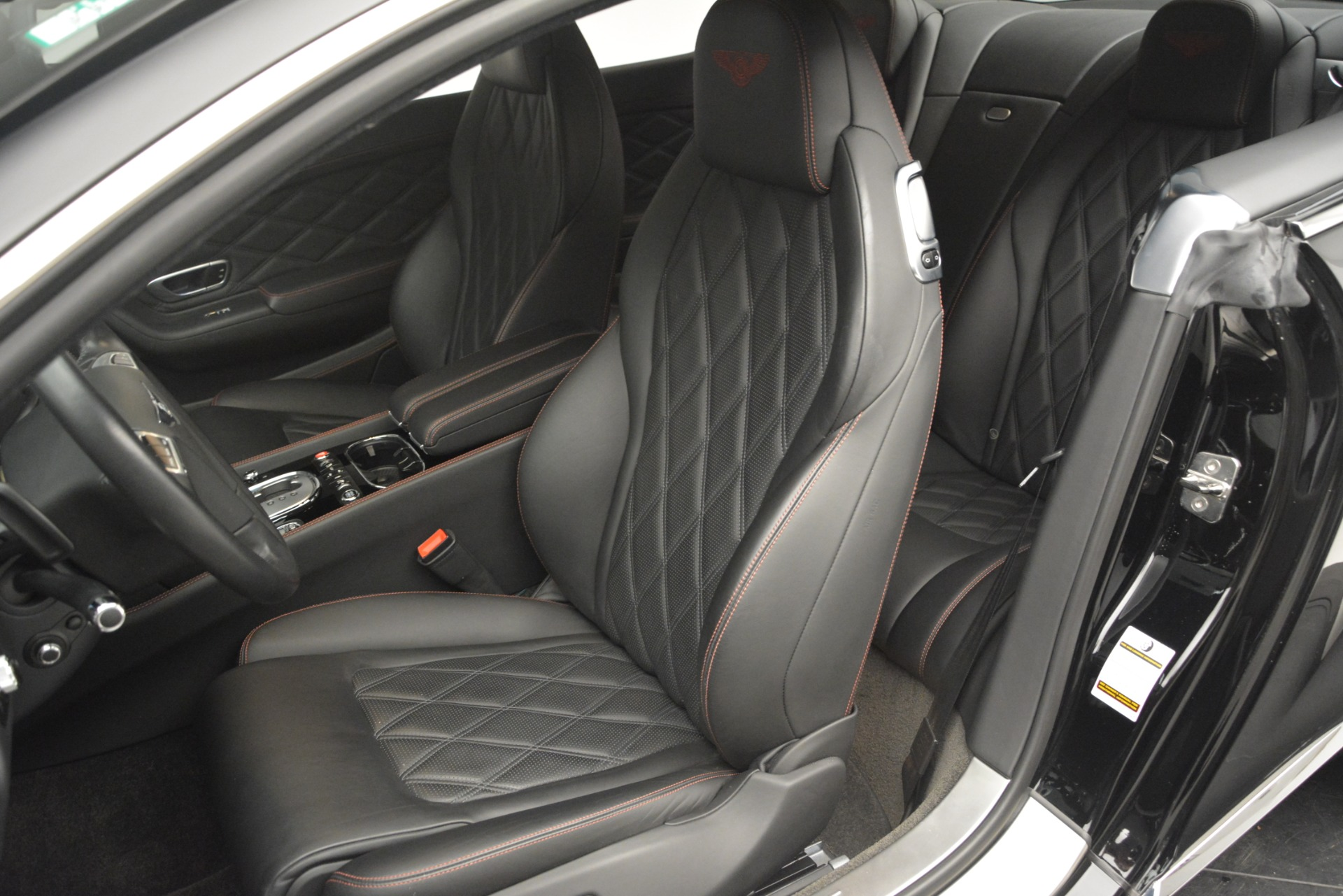 Used 2012 Bentley Continental GT W12 For Sale In Greenwich, CT 2671_p20