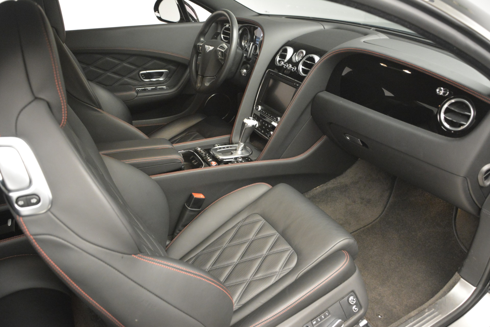Used 2012 Bentley Continental GT W12 For Sale In Greenwich, CT 2671_p28