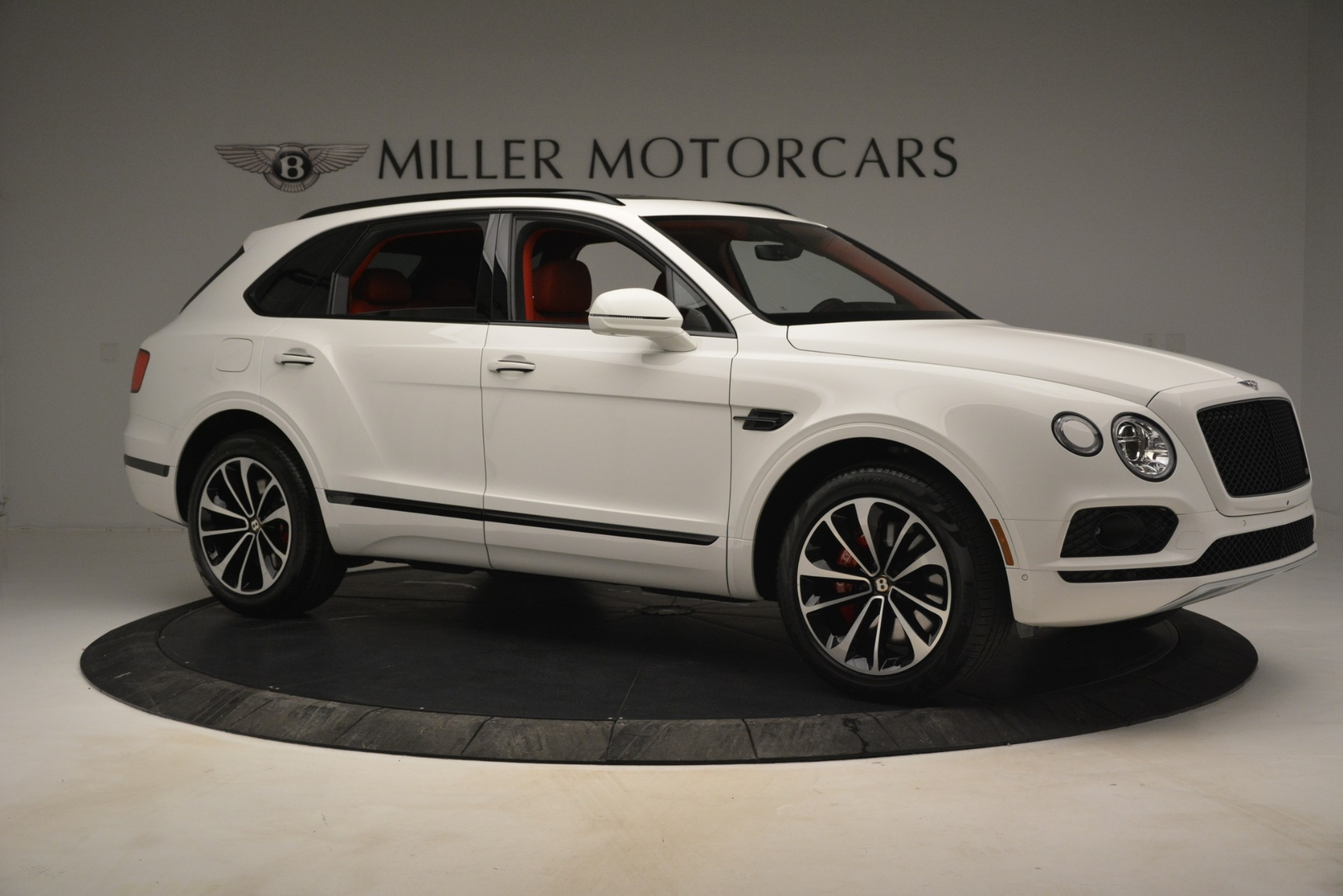 New 2019 Bentley Bentayga V8 For Sale In Greenwich, CT 2673_p10