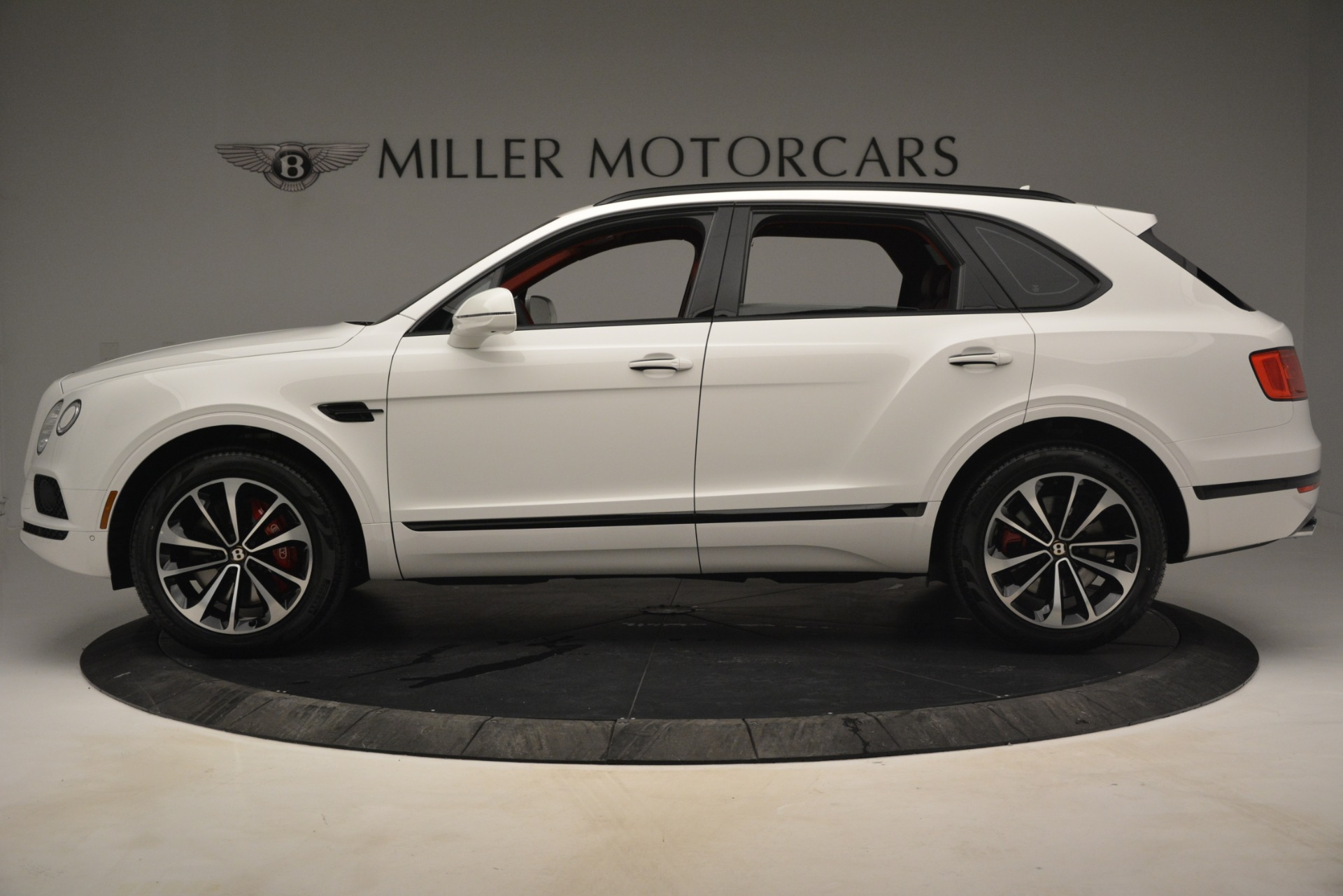 New 2019 Bentley Bentayga V8 For Sale In Greenwich, CT 2673_p3