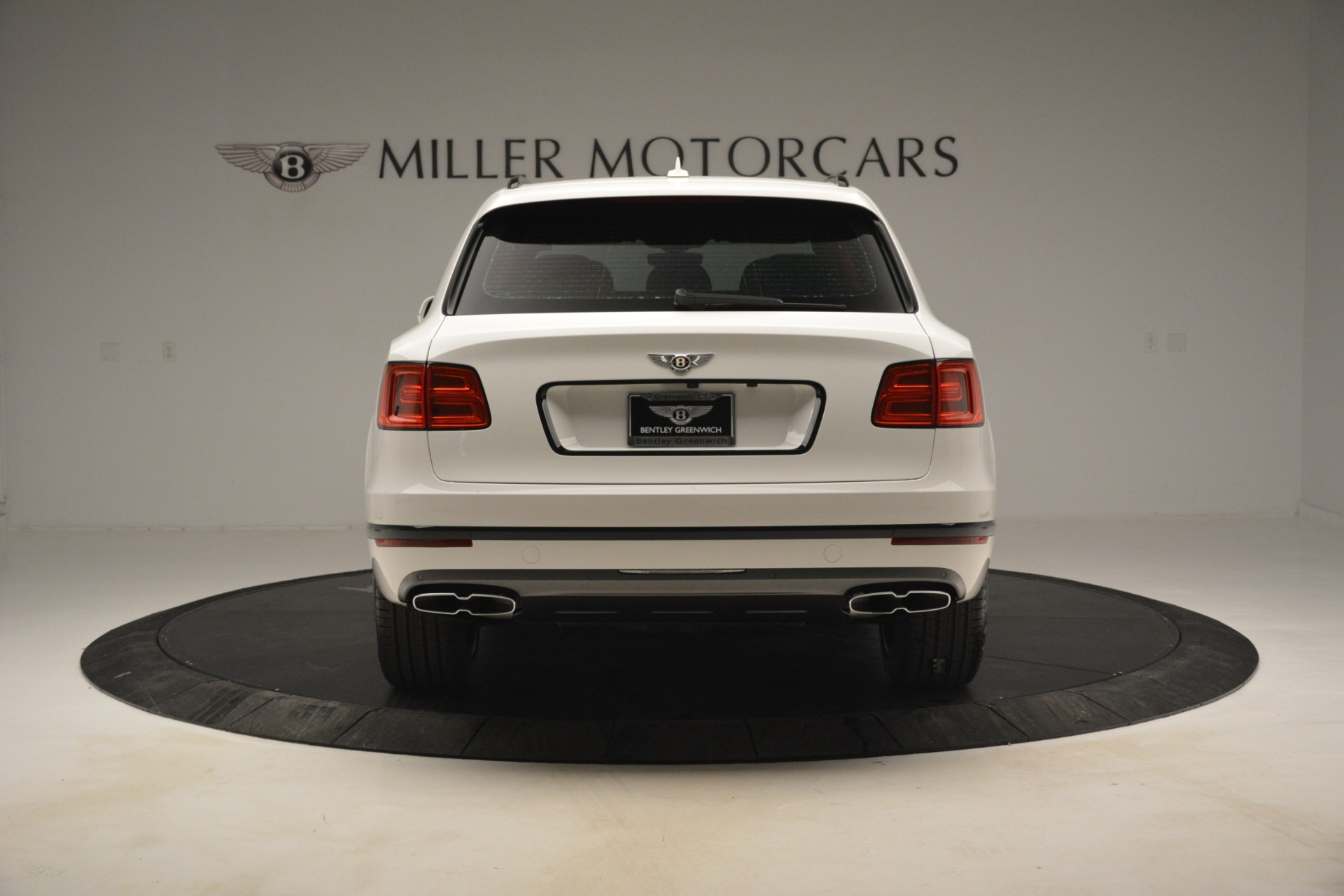 New 2019 Bentley Bentayga V8 For Sale In Greenwich, CT 2673_p6