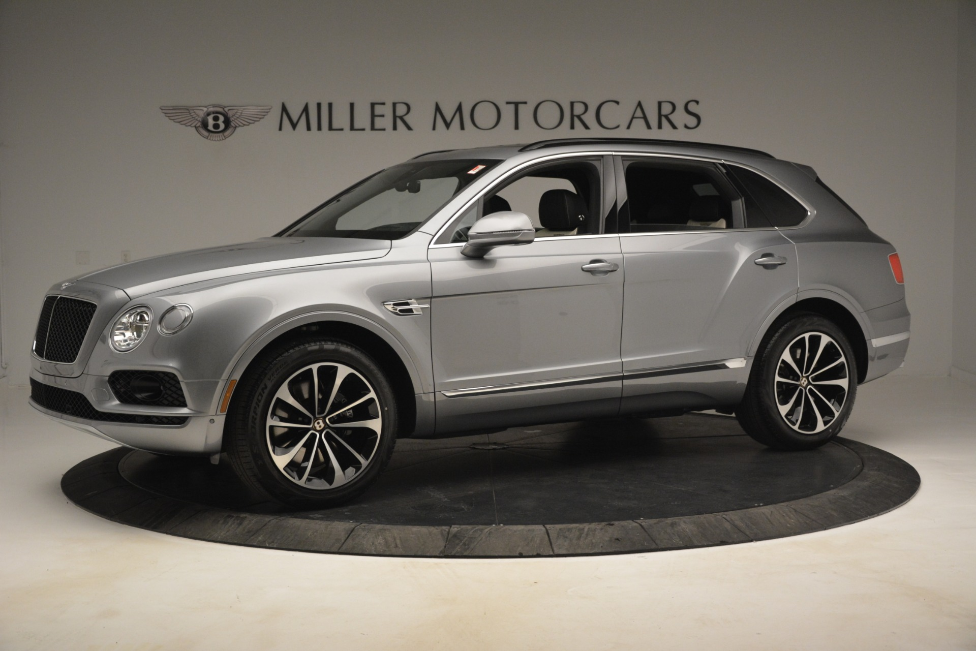New 2019 Bentley Bentayga V8 For Sale In Greenwich, CT 2674_p2