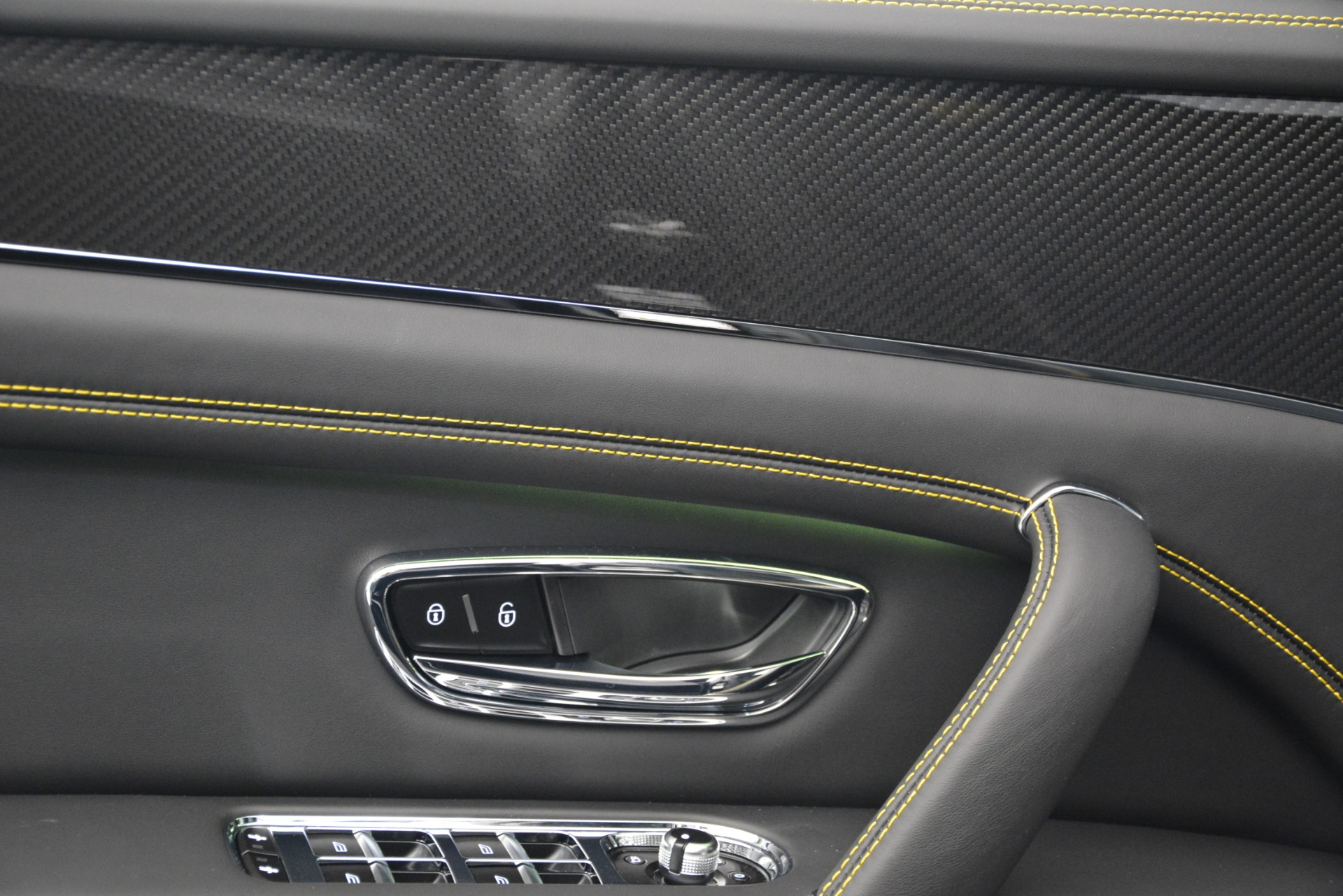 New 2019 Bentley Bentayga V8 For Sale In Greenwich, CT 2675_p19
