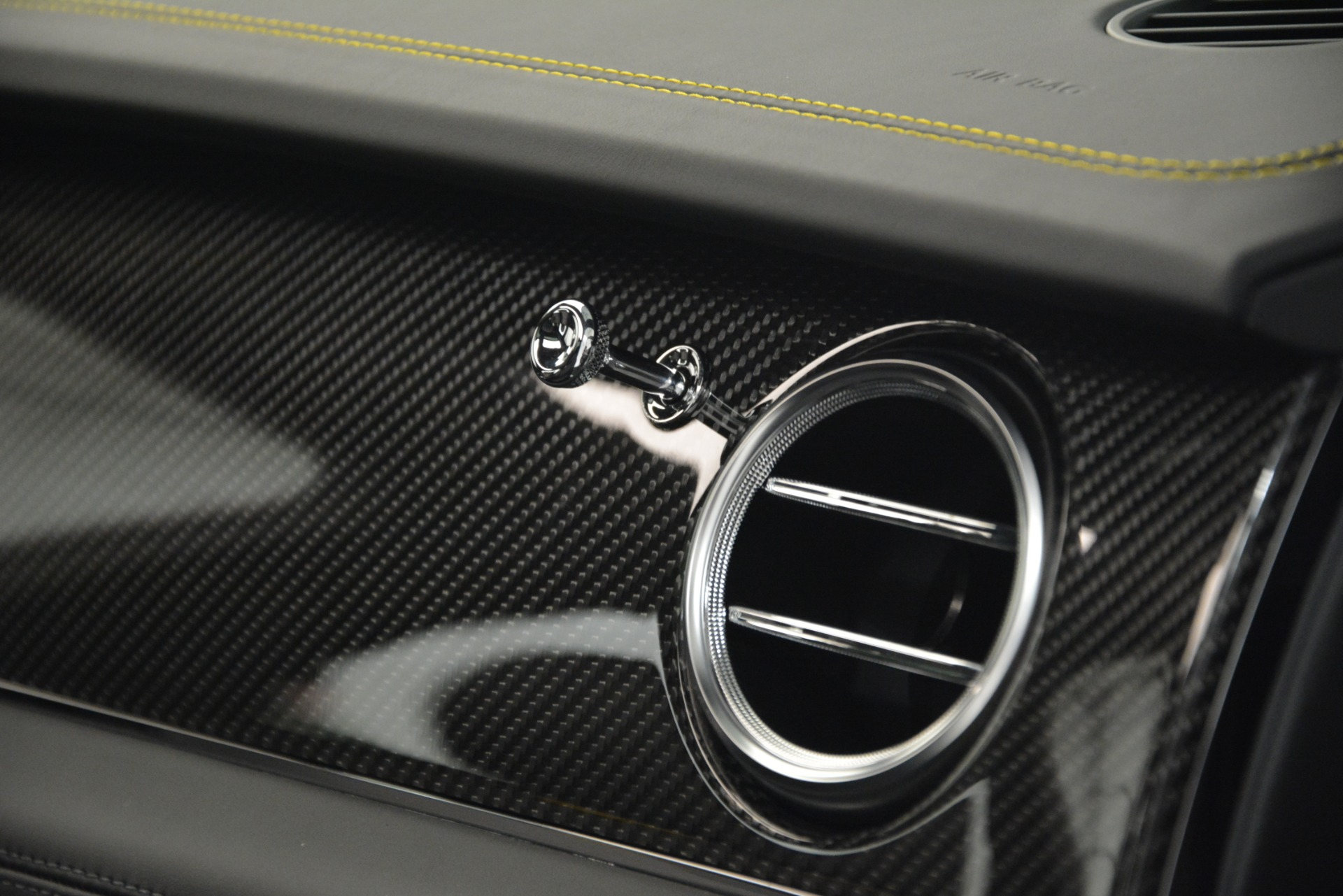 New 2019 Bentley Bentayga V8 For Sale In Greenwich, CT 2675_p26