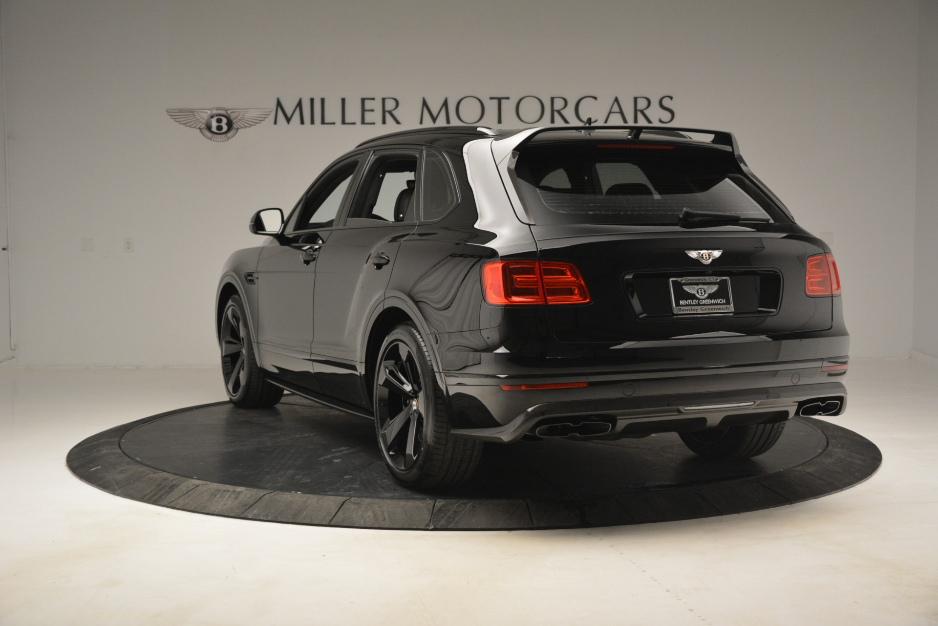New 2019 Bentley Bentayga V8 For Sale In Greenwich, CT 2675_p5