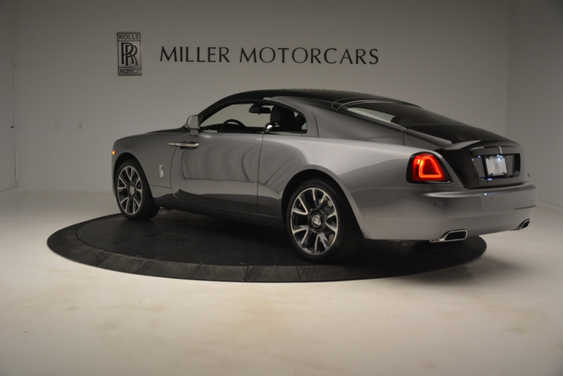 Used 2019 Rolls-Royce Wraith  For Sale In Greenwich, CT 2688_p5
