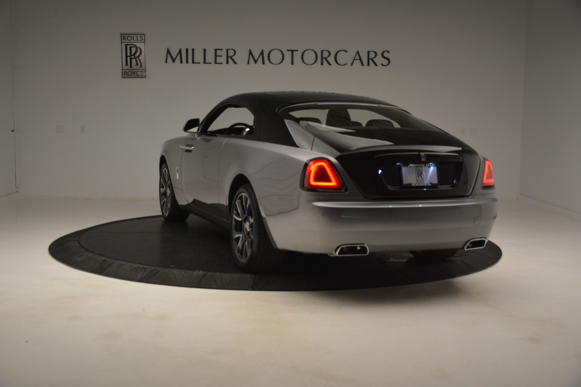 Used 2019 Rolls-Royce Wraith  For Sale In Greenwich, CT 2688_p6