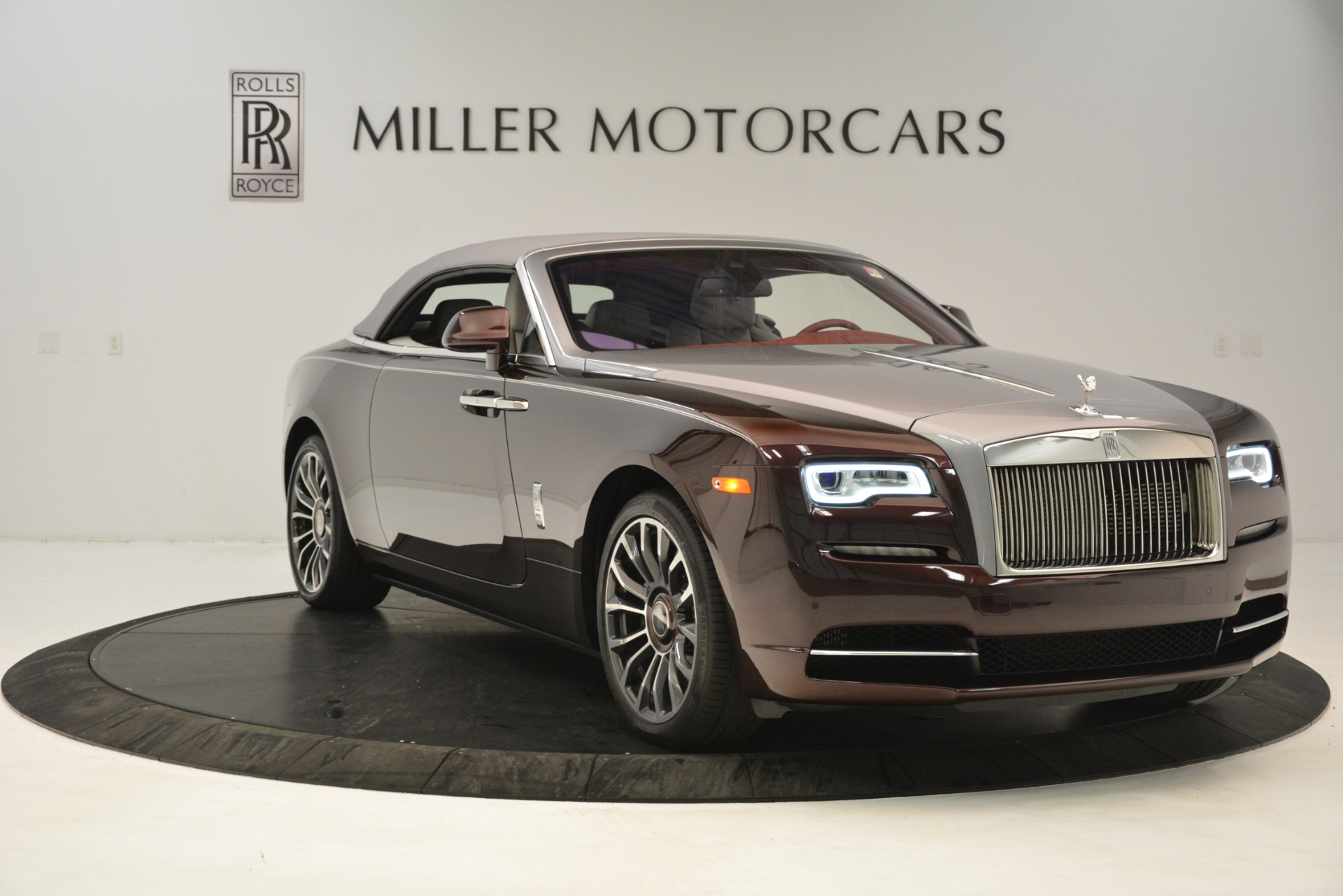 Used 2019 Rolls-Royce Dawn  For Sale In Greenwich, CT 2692_p23