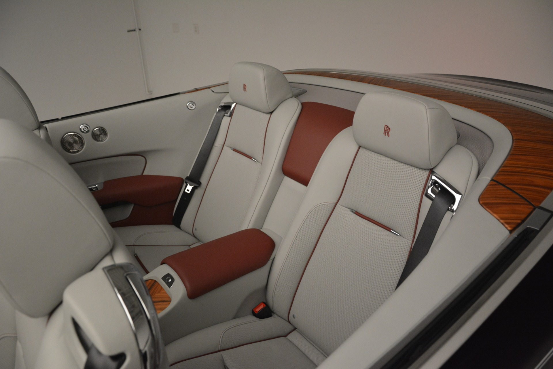 Used 2019 Rolls-Royce Dawn  For Sale In Greenwich, CT 2692_p27