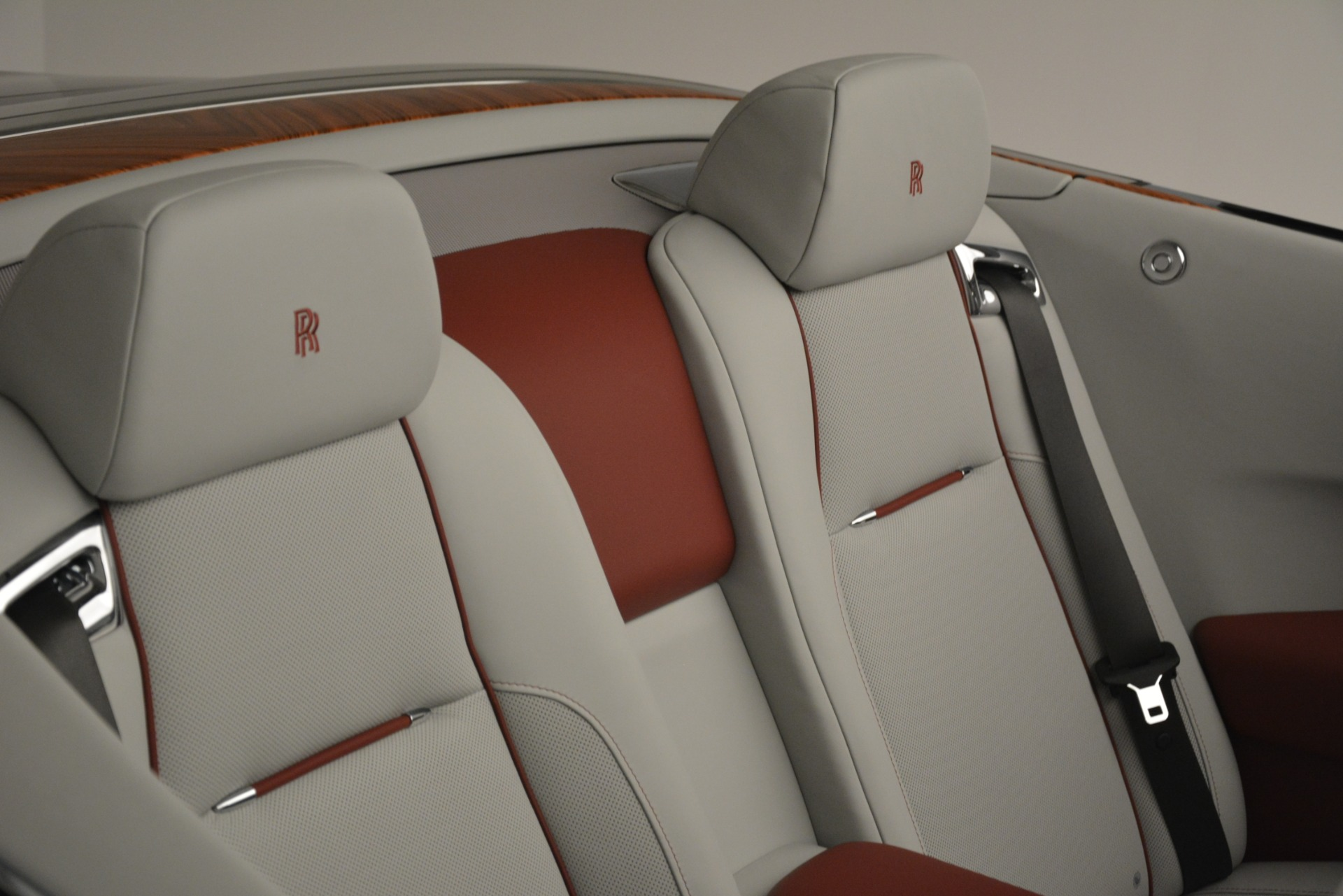 Used 2019 Rolls-Royce Dawn  For Sale In Greenwich, CT 2692_p28