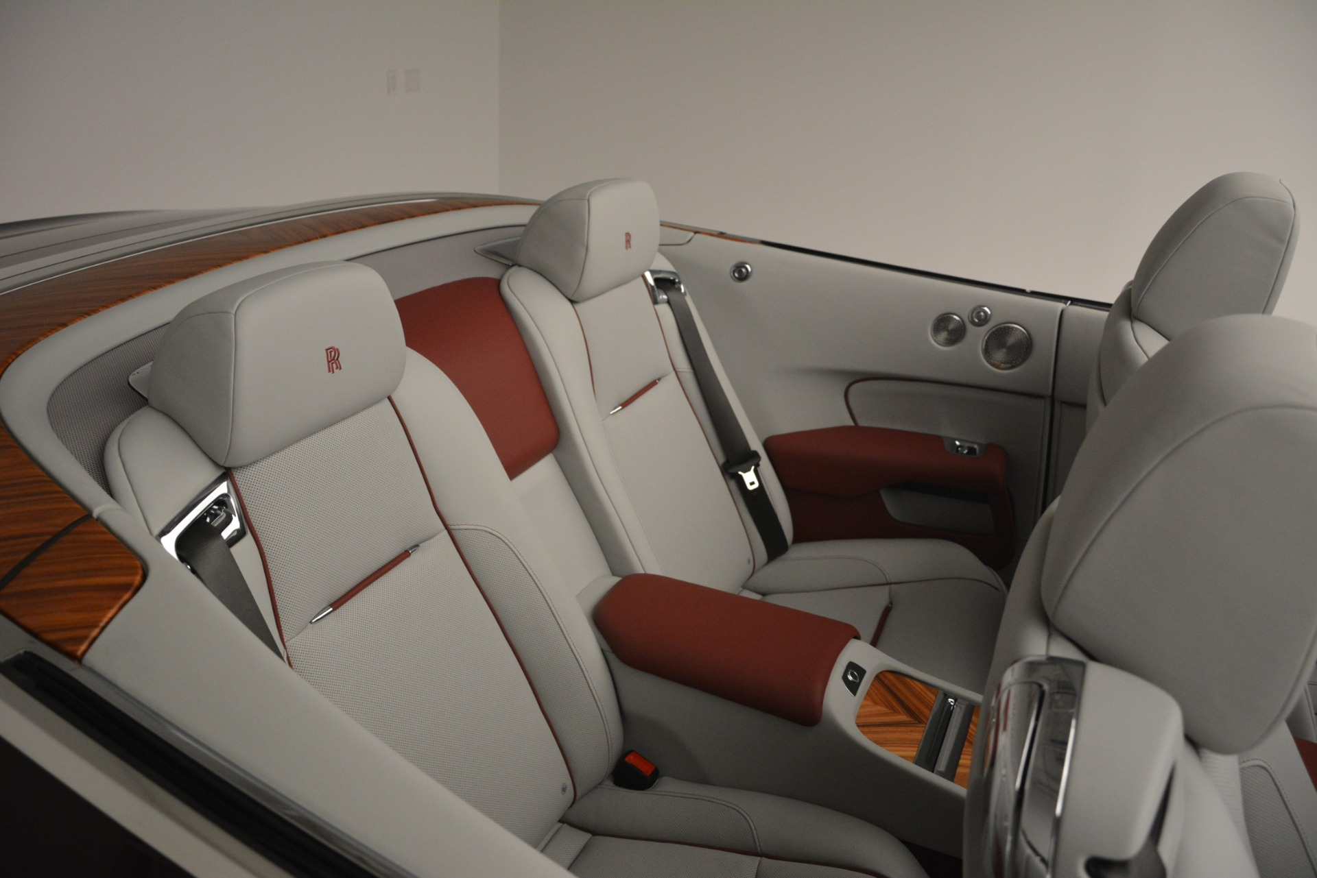 Used 2019 Rolls-Royce Dawn  For Sale In Greenwich, CT 2692_p46
