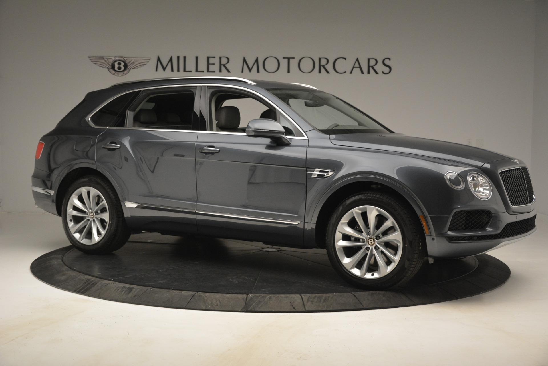 New 2019 Bentley Bentayga V8 For Sale In Greenwich, CT 2700_p10