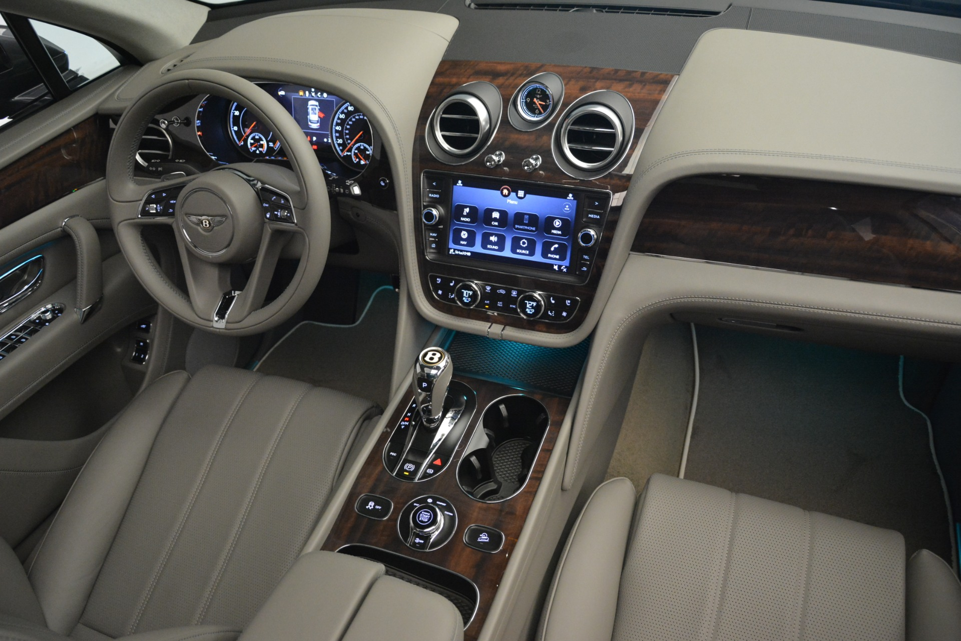New 2019 Bentley Bentayga V8 For Sale In Greenwich, CT 2700_p29