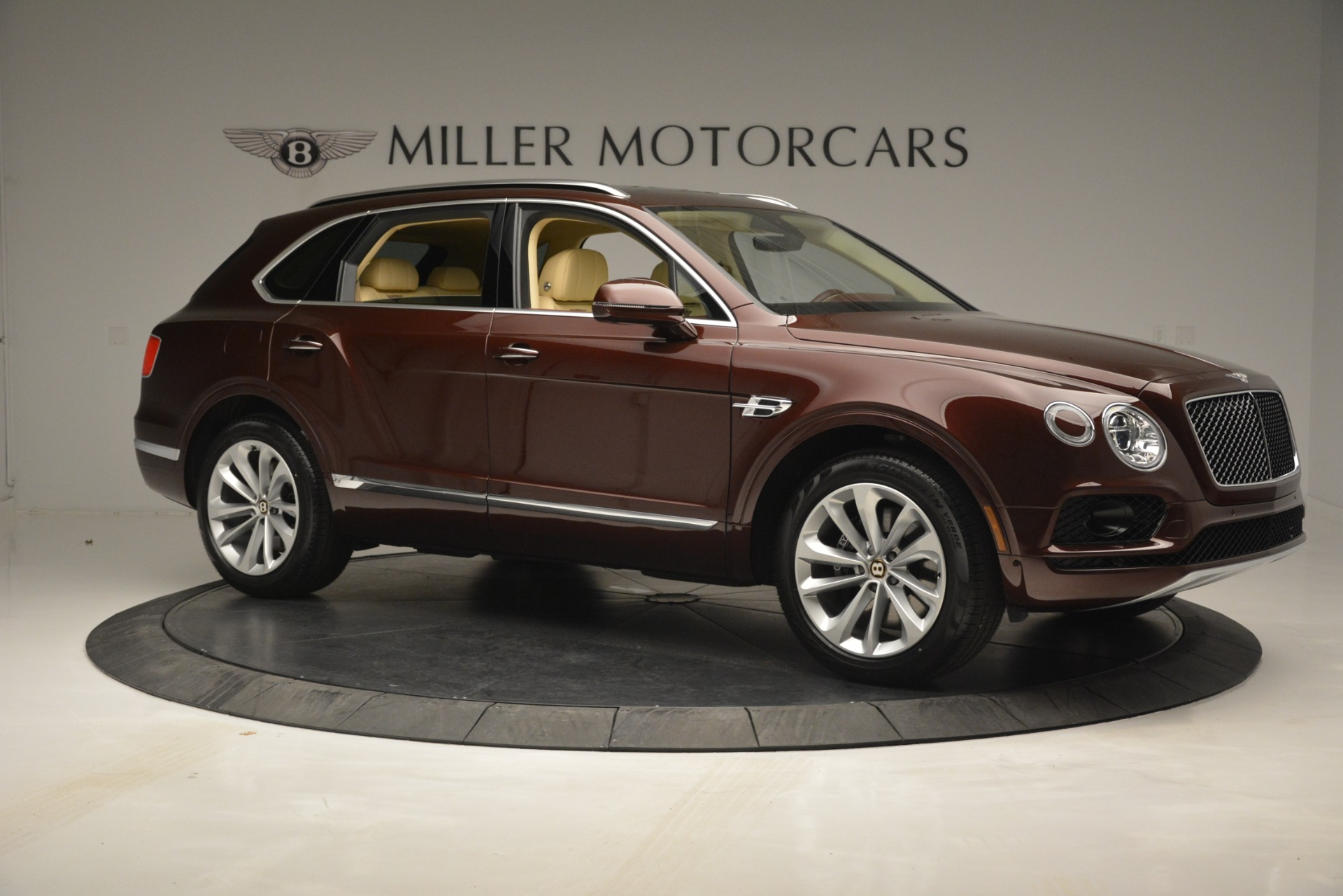 Used 2019 Bentley Bentayga V8 For Sale In Greenwich, CT 2702_p10