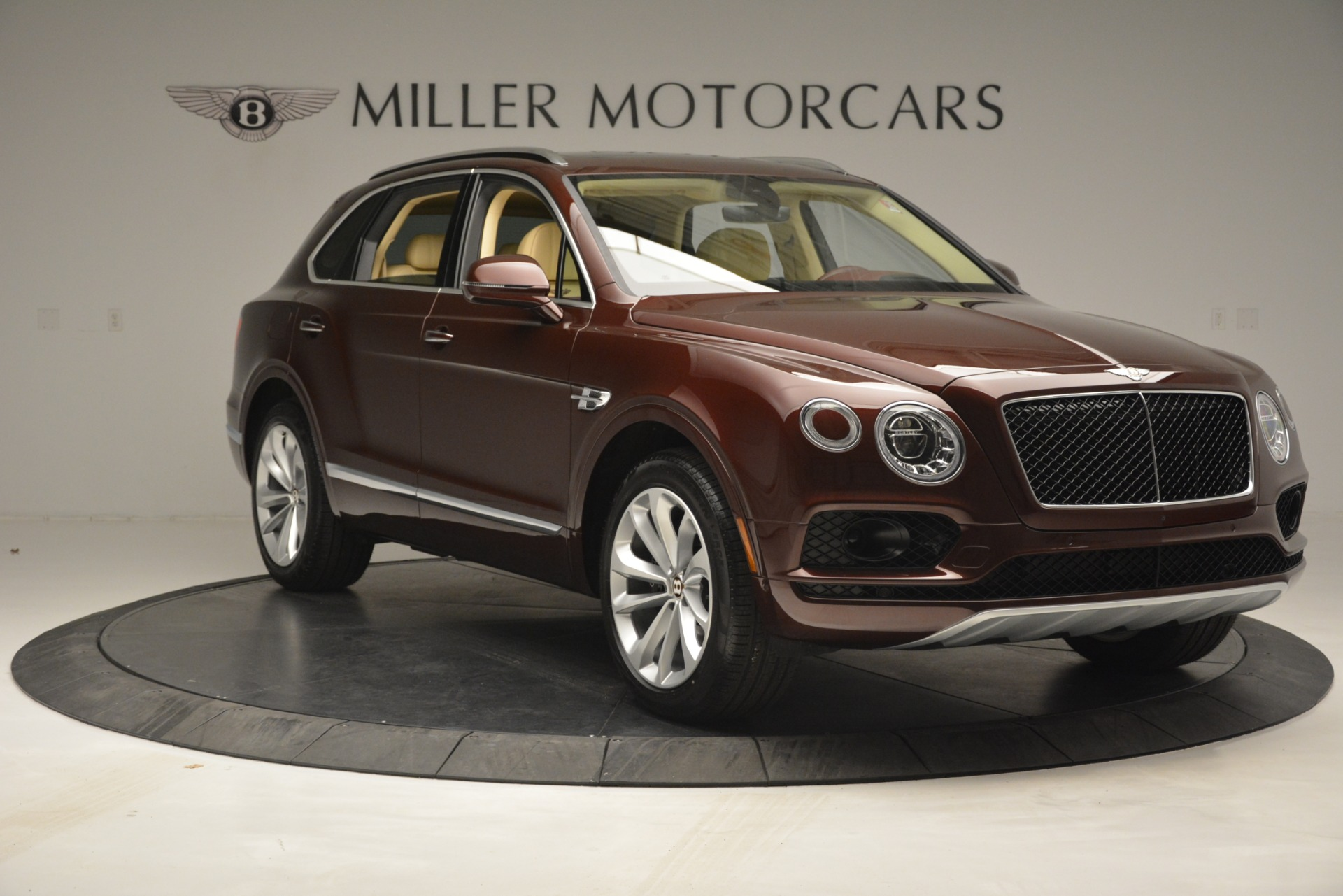 Used 2019 Bentley Bentayga V8 For Sale In Greenwich, CT 2702_p11