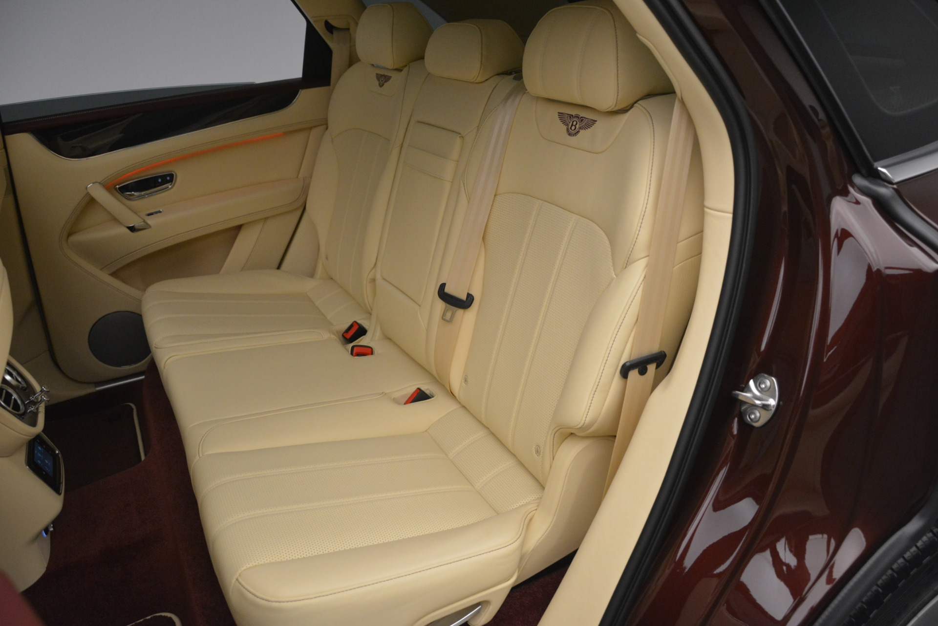 New 2019 Bentley Bentayga V8 For Sale In Greenwich, CT 2702_p23