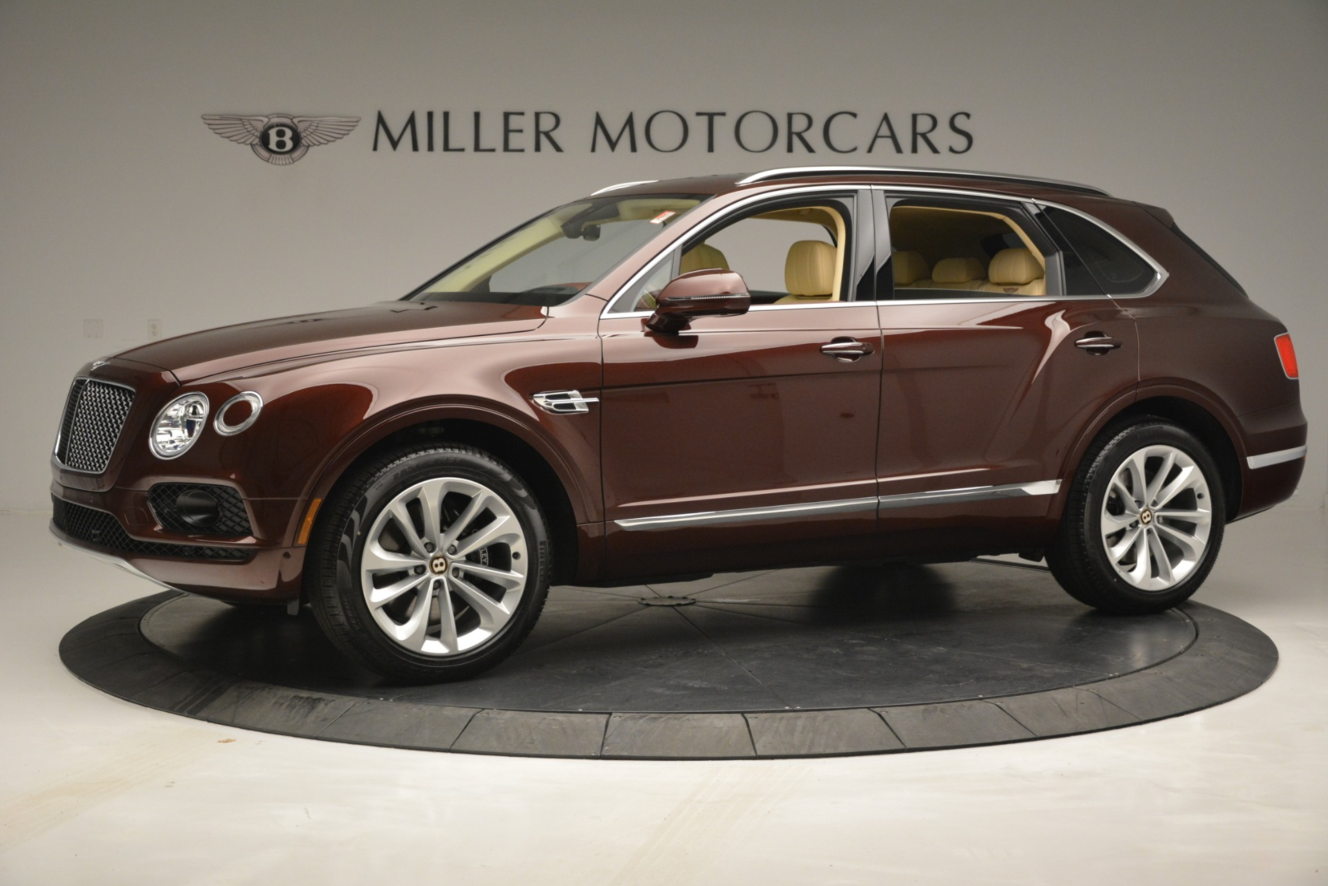 New 2019 Bentley Bentayga V8 For Sale In Greenwich, CT 2702_p2