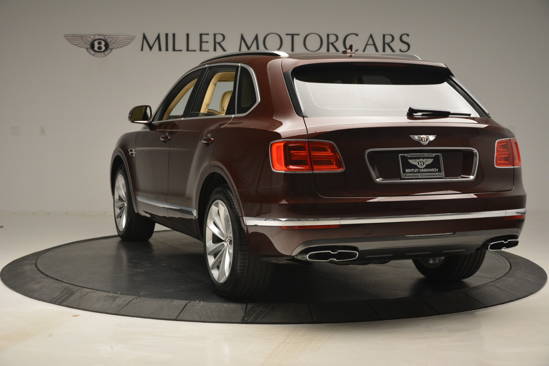 New 2019 Bentley Bentayga V8 For Sale In Greenwich, CT 2702_p5