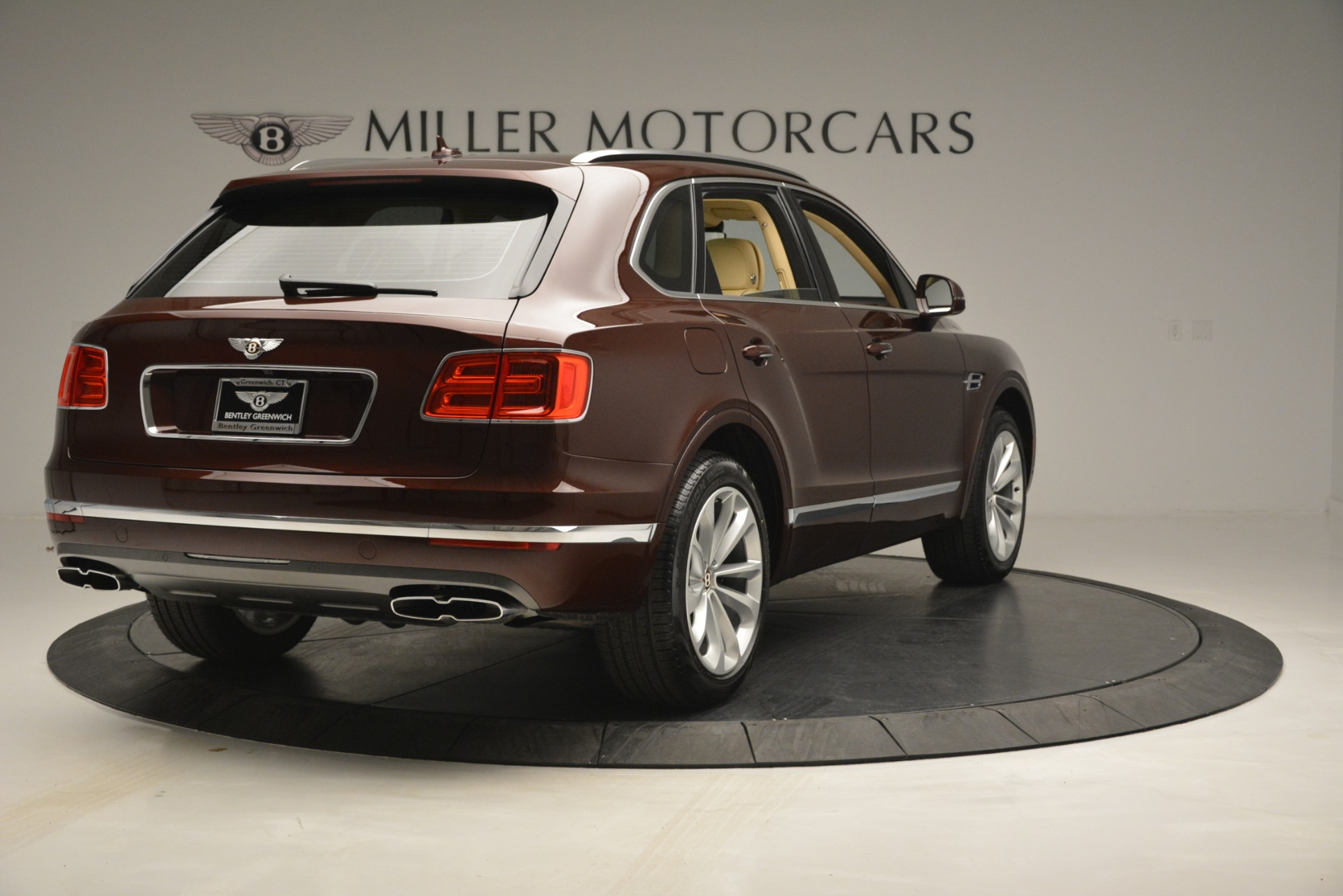 Used 2019 Bentley Bentayga V8 For Sale In Greenwich, CT 2702_p7