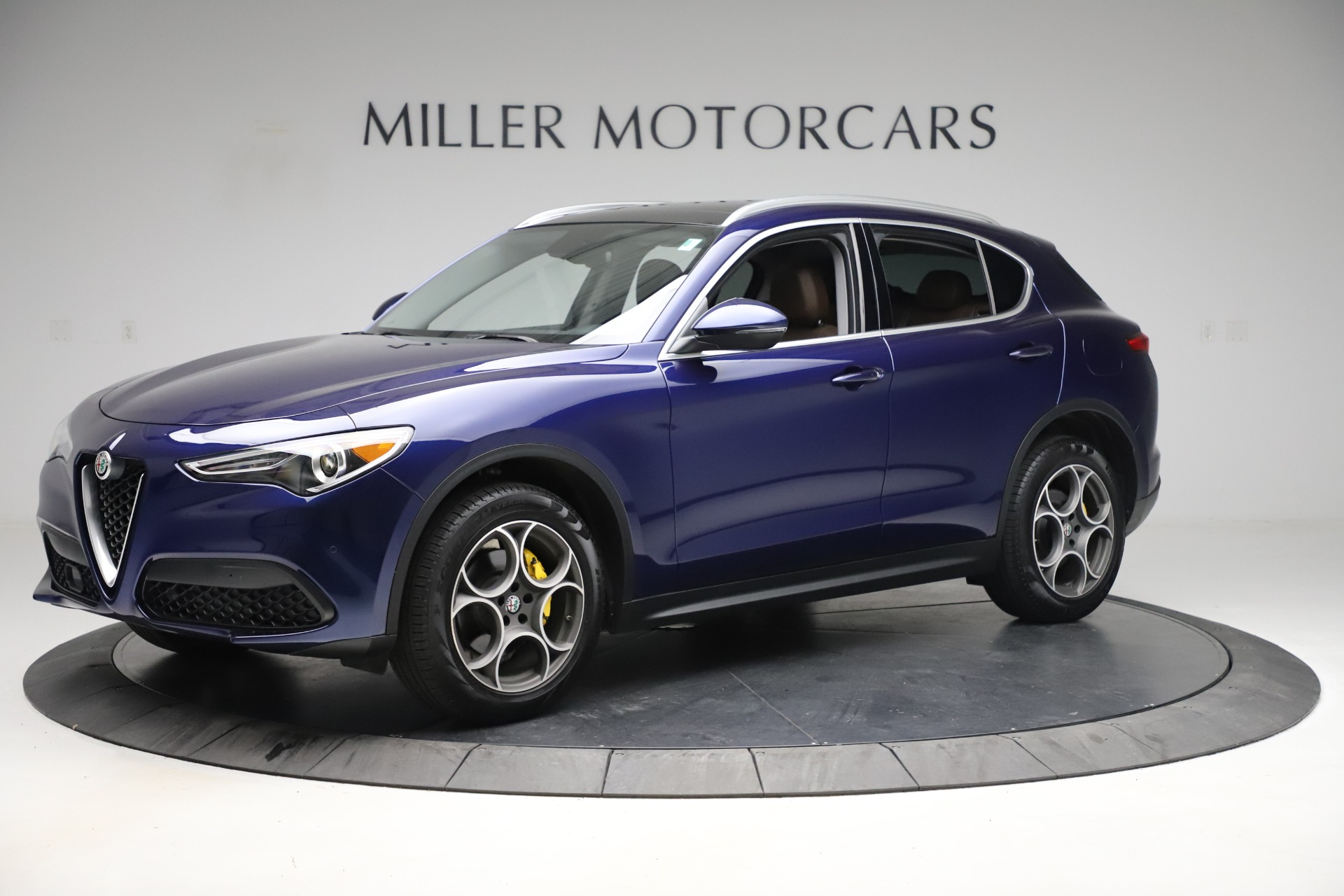 New 2019 Alfa Romeo Stelvio Q4 For Sale In Greenwich, CT 2707_p2