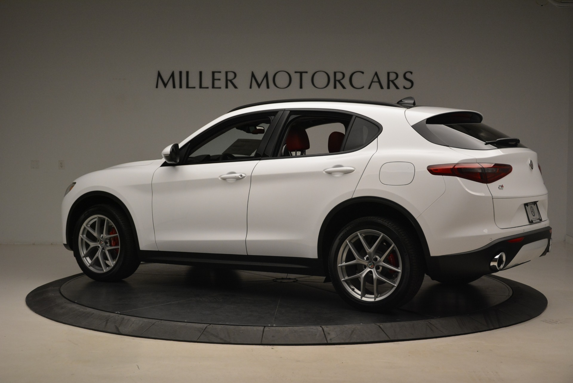 New 2019 Alfa Romeo Stelvio Ti Sport Q4 For Sale In Greenwich, CT 2713_p4