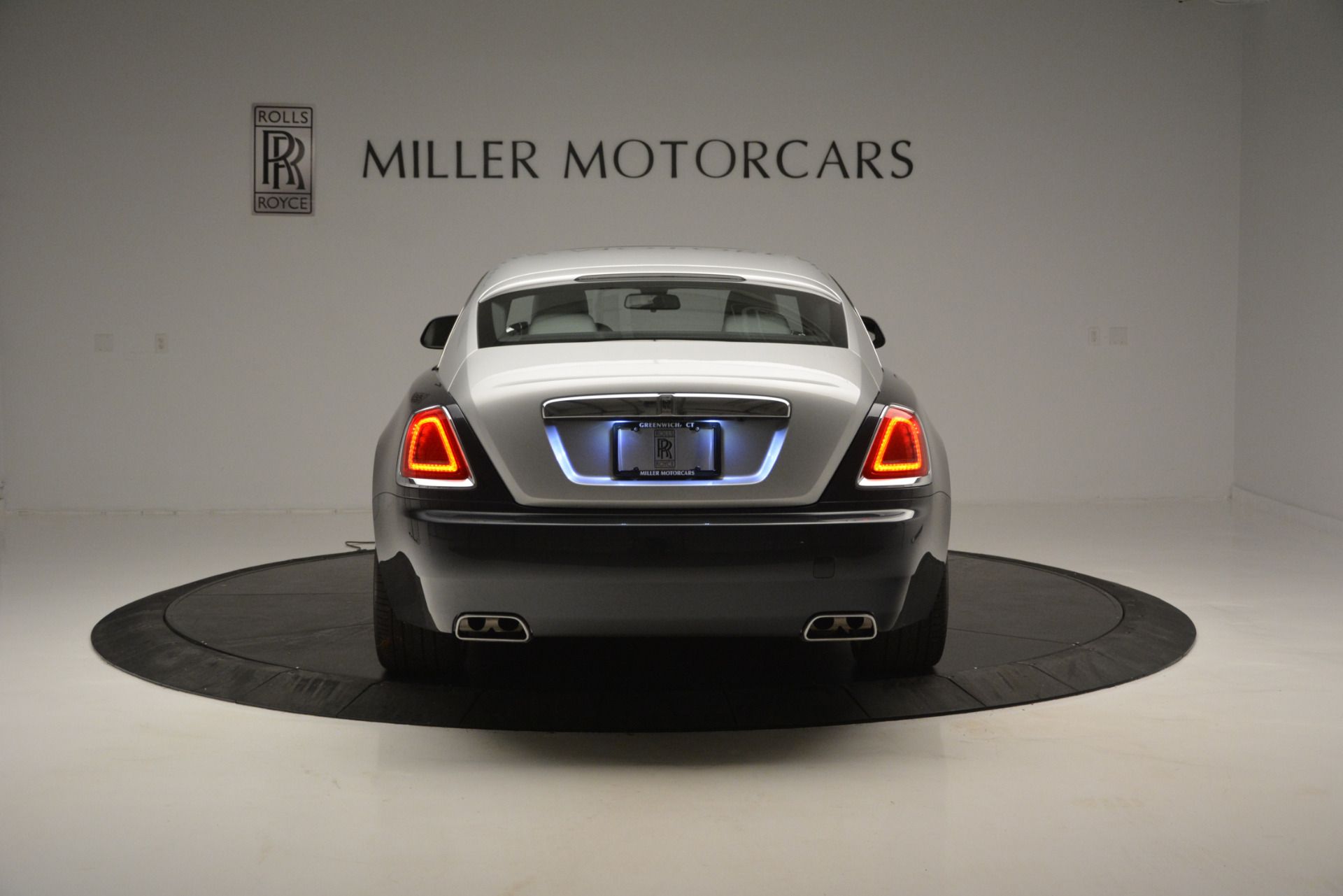 Used 2015 Rolls-Royce Wraith  For Sale In Greenwich, CT 2716_p4