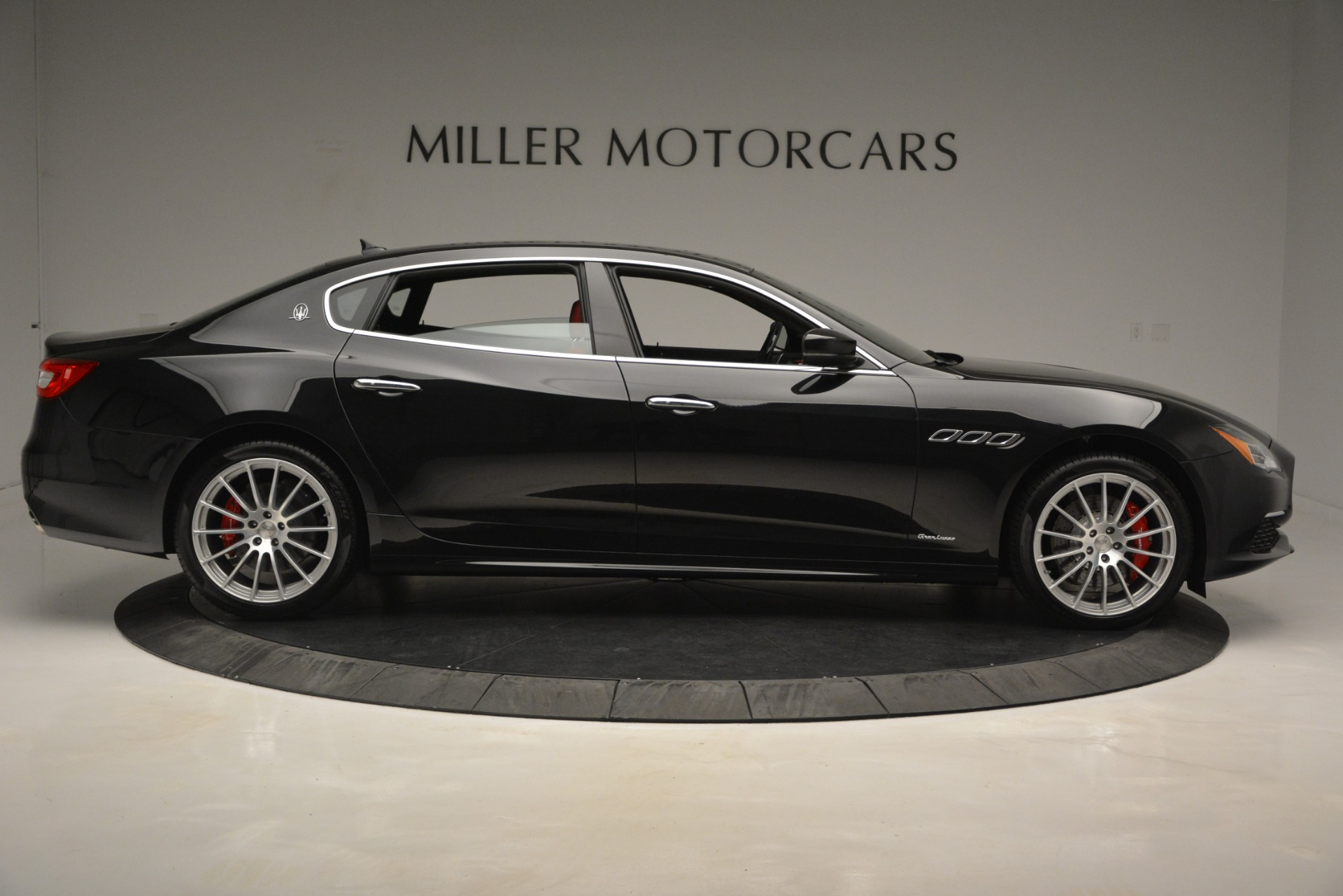 New 2019 Maserati Quattroporte S Q4 GranLusso For Sale In Greenwich, CT 2718_p9