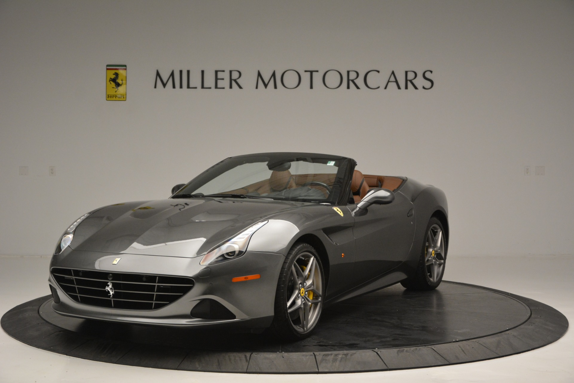 Used 2016 Ferrari California T Handling Speciale For Sale In Greenwich, CT 2721_main