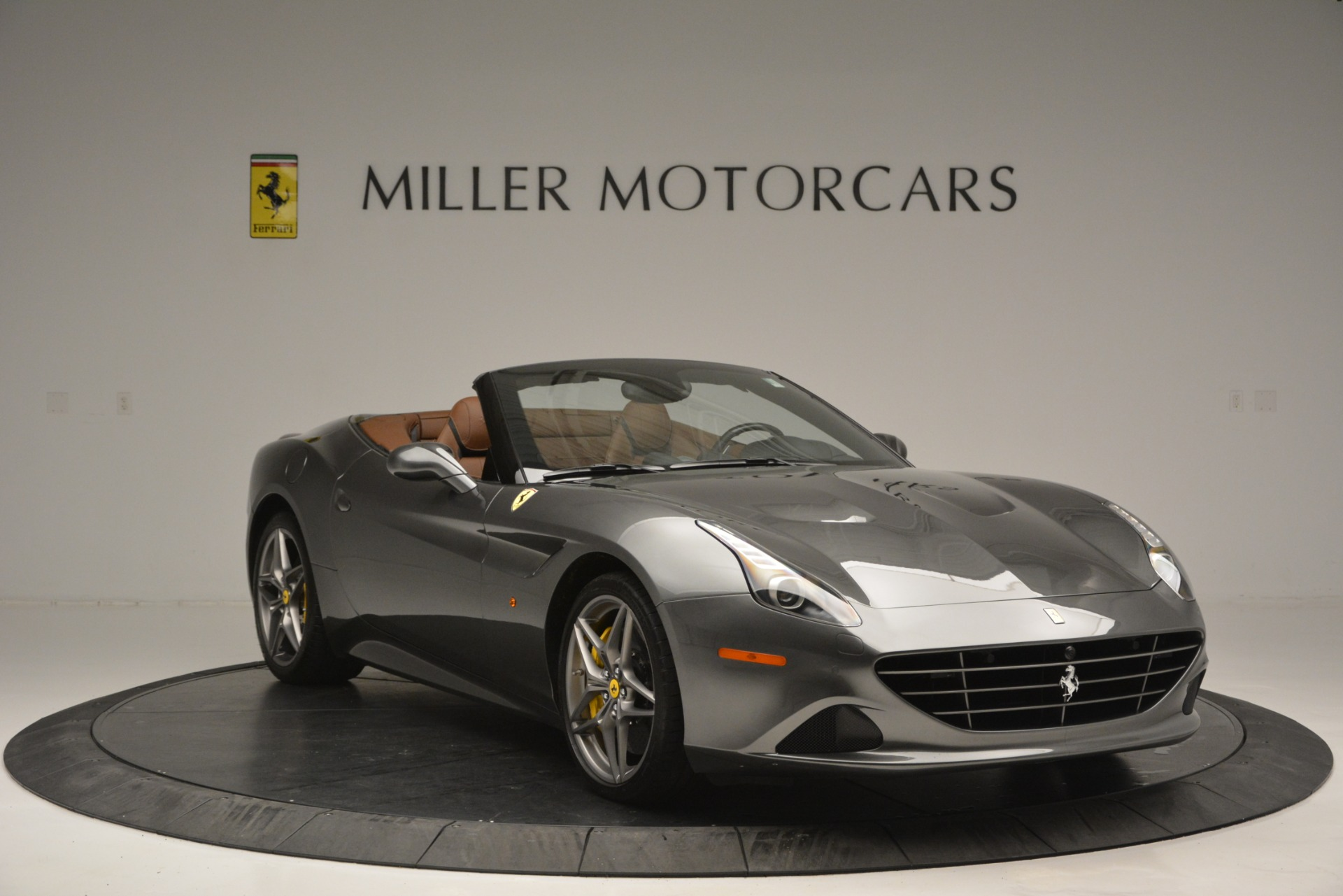 Used 2016 Ferrari California T Handling Speciale For Sale In Greenwich, CT 2721_p11