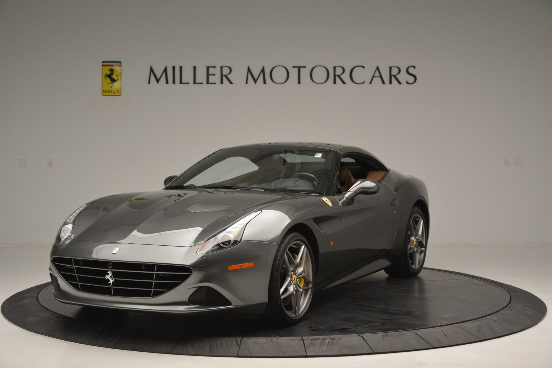 Used 2016 Ferrari California T Handling Speciale For Sale In Greenwich, CT 2721_p13