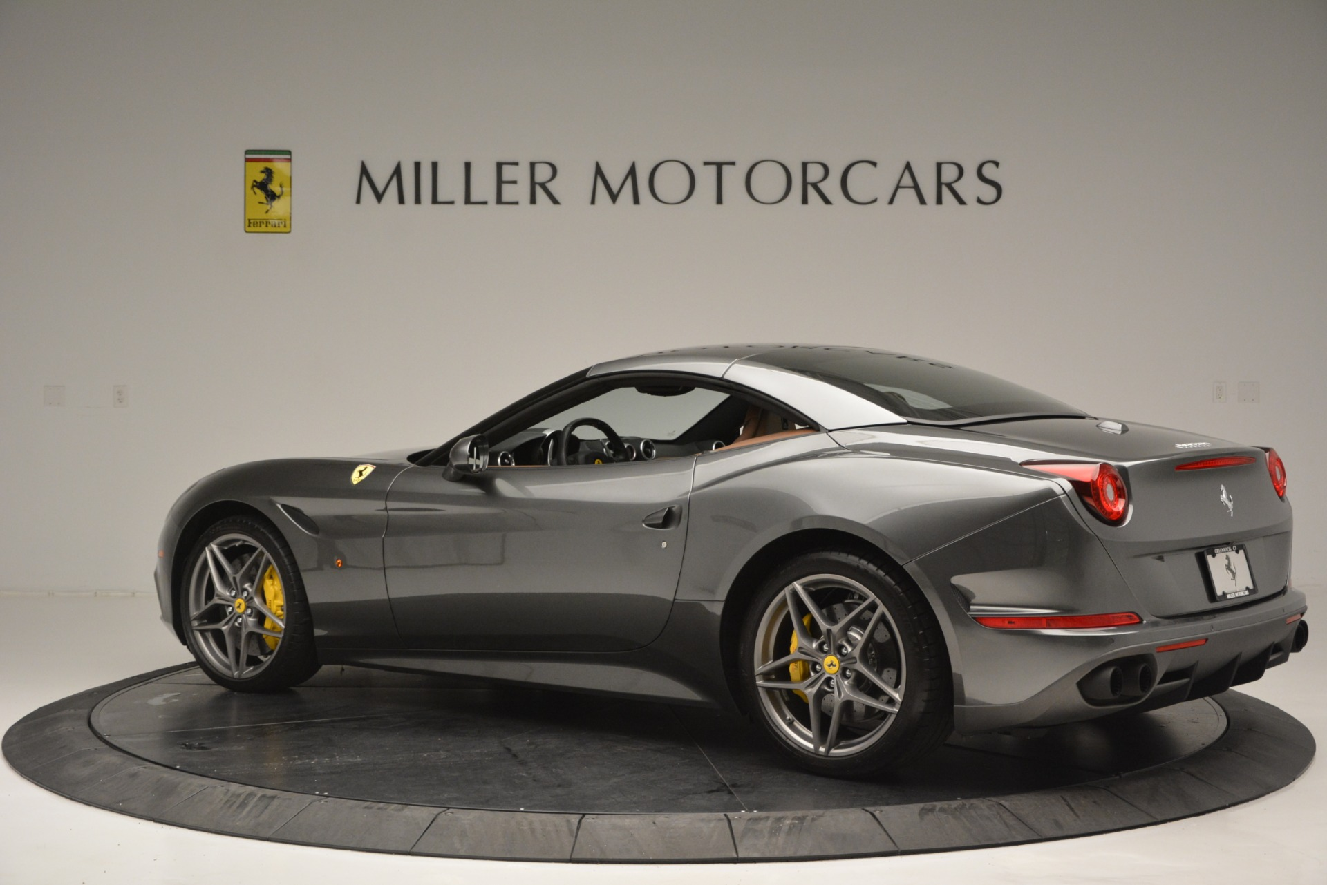 Used 2016 Ferrari California T Handling Speciale For Sale In Greenwich, CT 2721_p16