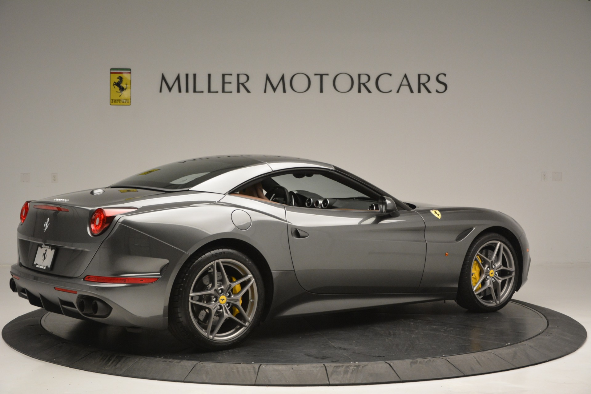 Used 2016 Ferrari California T Handling Speciale For Sale In Greenwich, CT 2721_p20