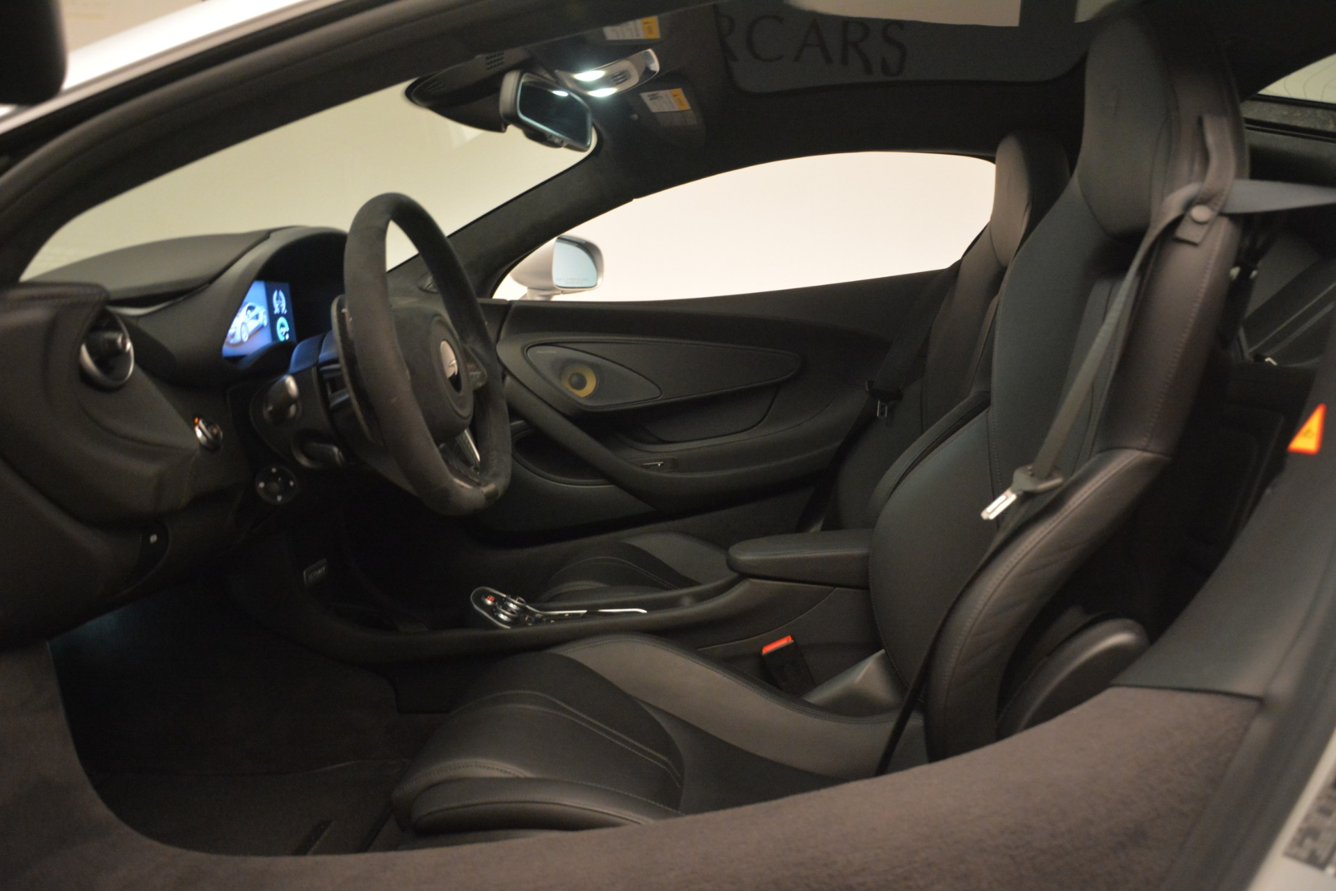 New 2019 McLaren 570GT Coupe For Sale In Greenwich, CT 2725_p17