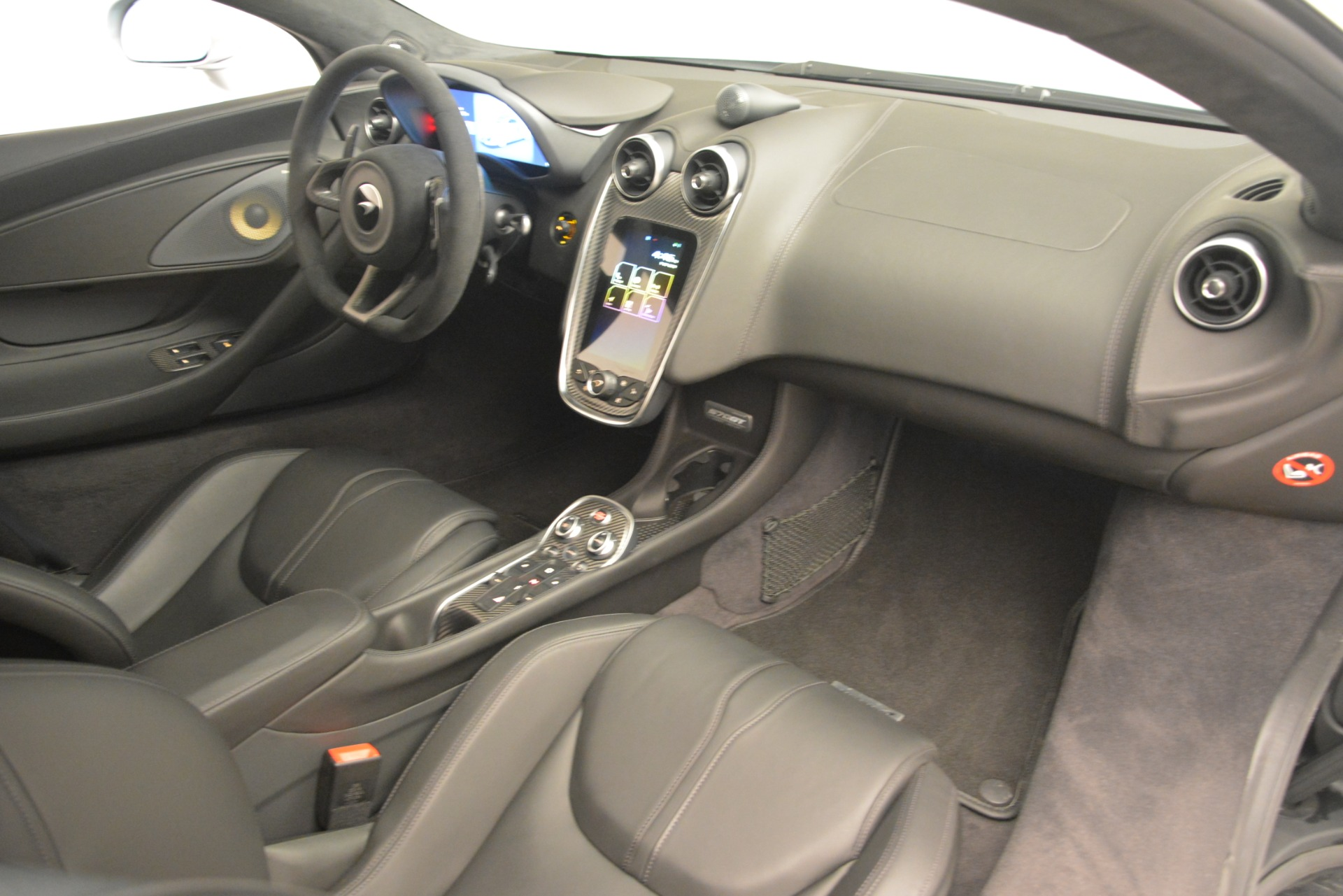 New 2019 McLaren 570GT Coupe For Sale In Greenwich, CT 2725_p19