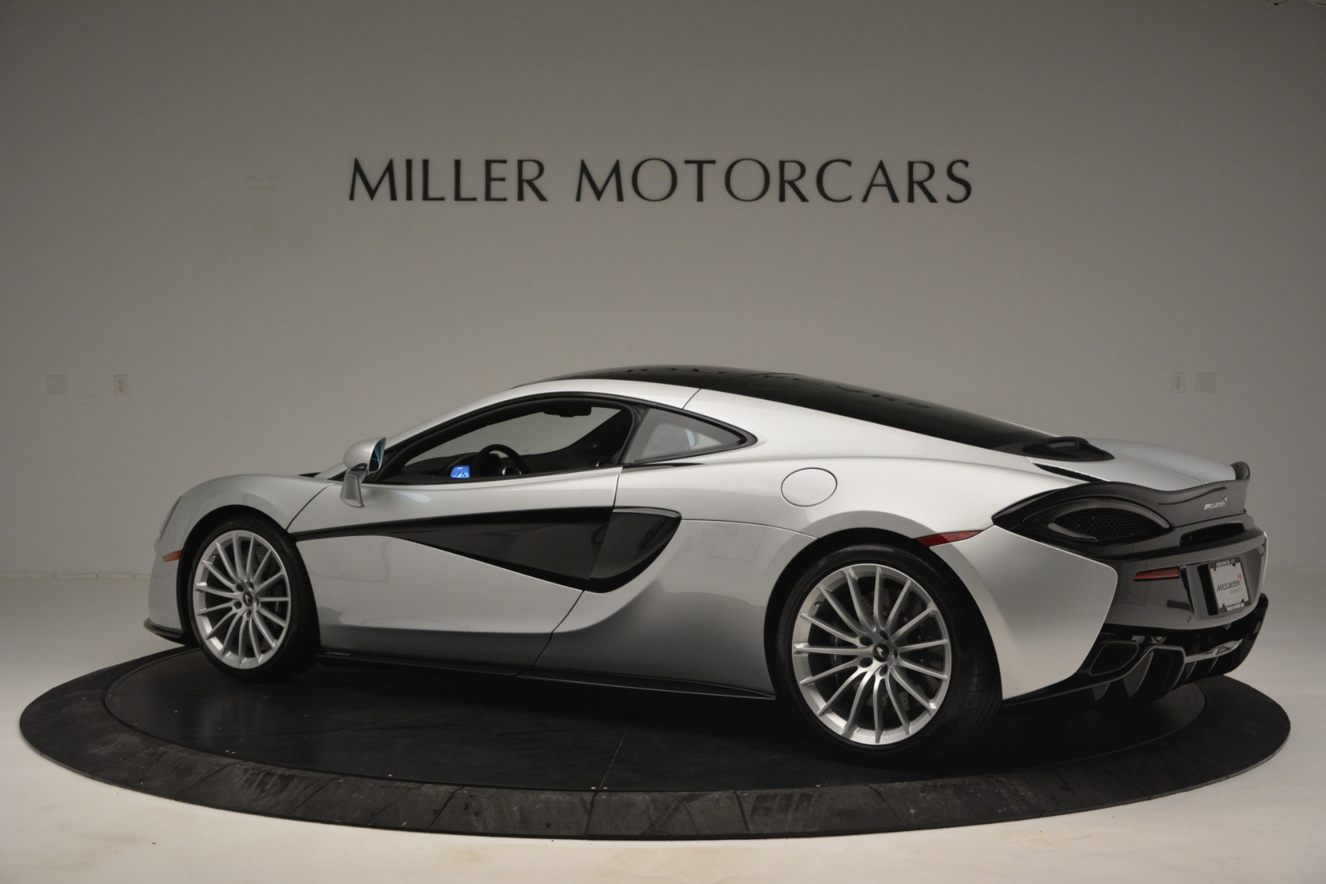 New 2019 McLaren 570GT Coupe For Sale In Greenwich, CT 2725_p4
