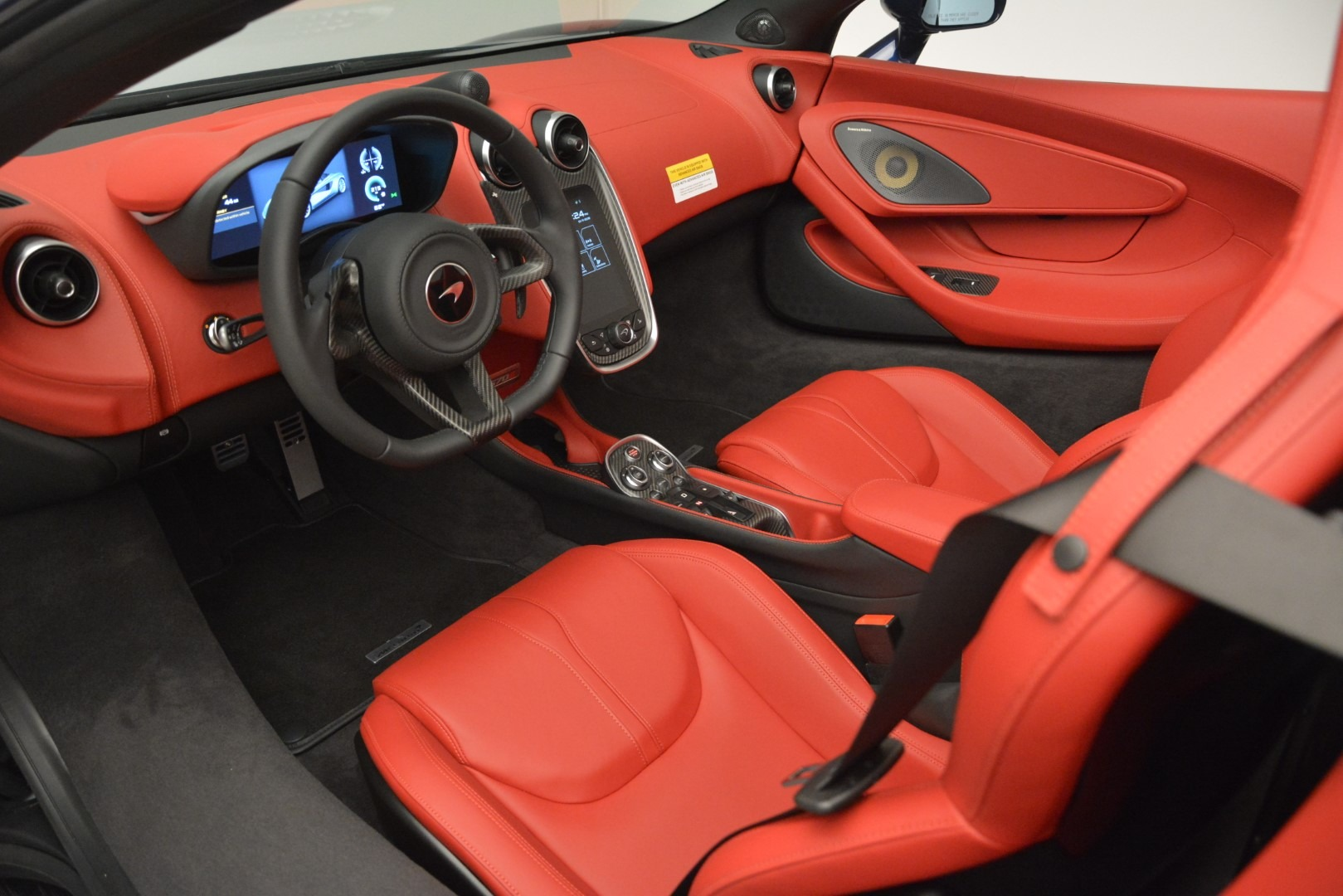 New 2019 McLaren 570S Spider Convertible For Sale In Greenwich, CT 2727_p23