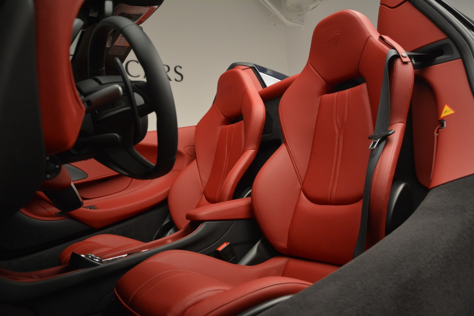 New 2019 McLaren 570S Spider Convertible For Sale In Greenwich, CT 2727_p25
